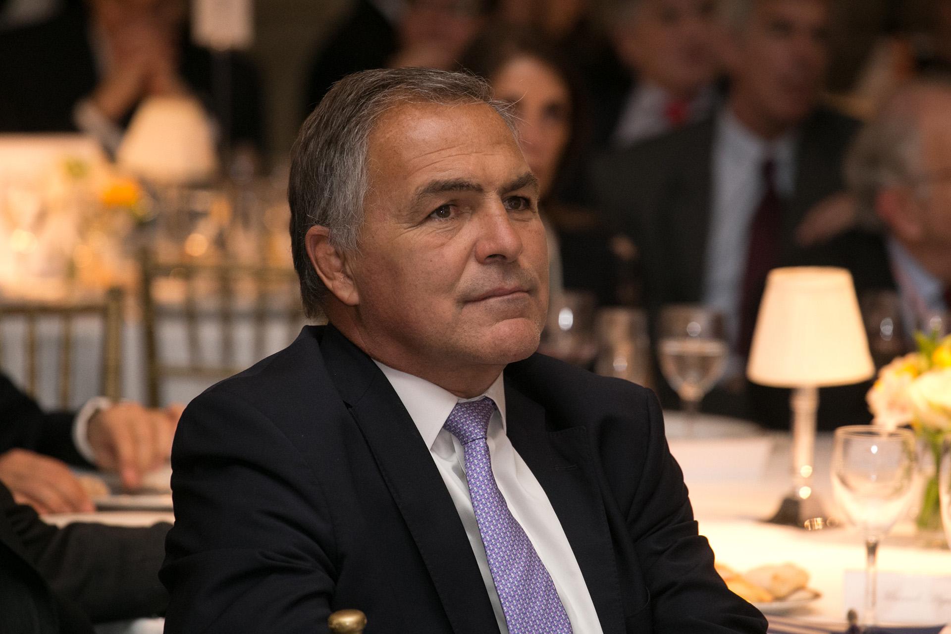 """Manuel Aguirre, presidente de AmCham, quien presentó el libro """"Las empresas de Estados Unidos y sus inversiones en Argentina"""""""