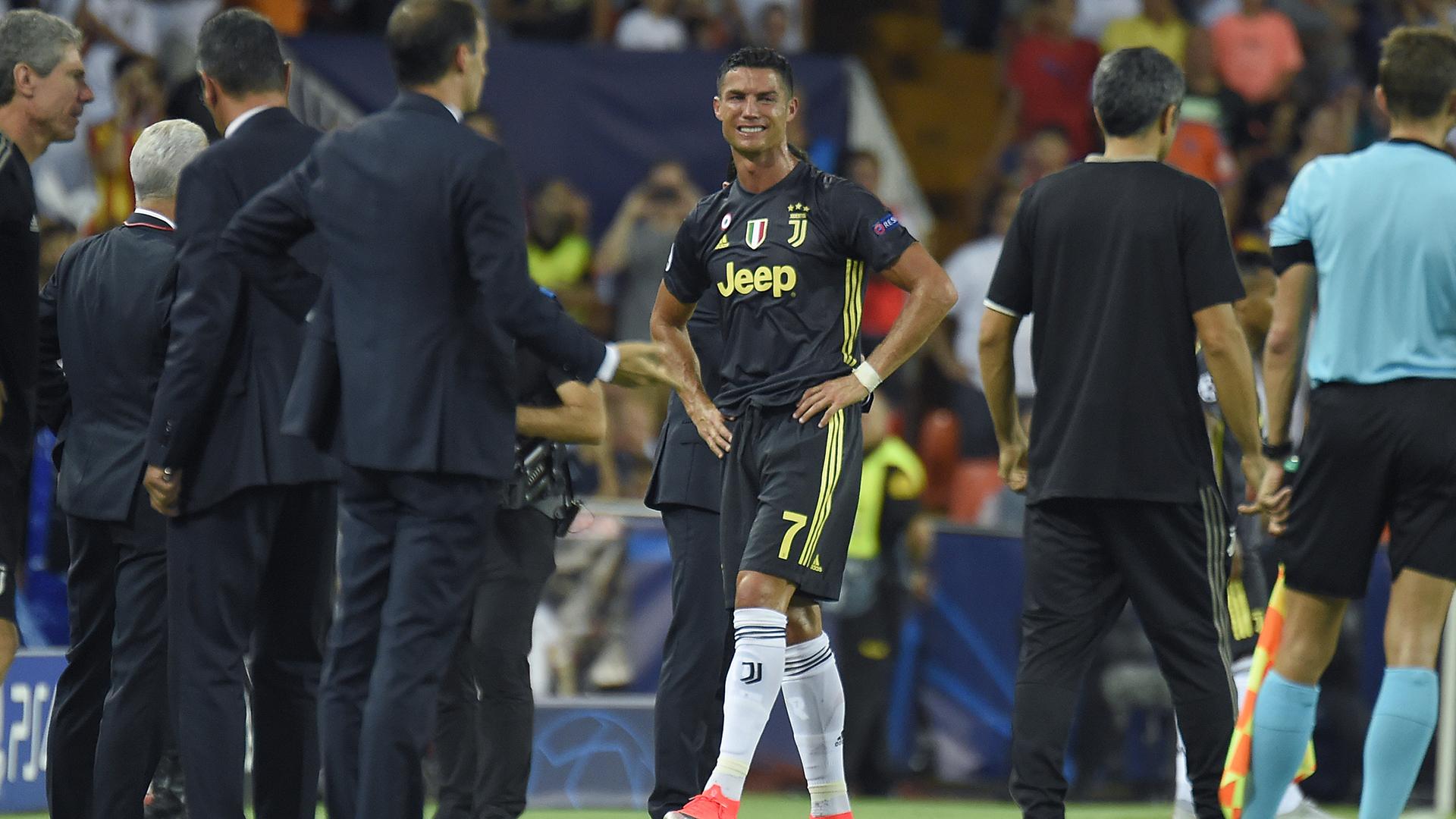 Cristiano Ronaldo se perderá gran parte de la fase de grupos de la Champions League por su expulsión (AFP)