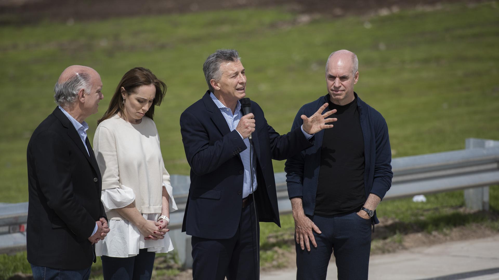 Vidal y Rodríguez Larreta se diferencian de Mauricio Macri (Adrián Escandar)
