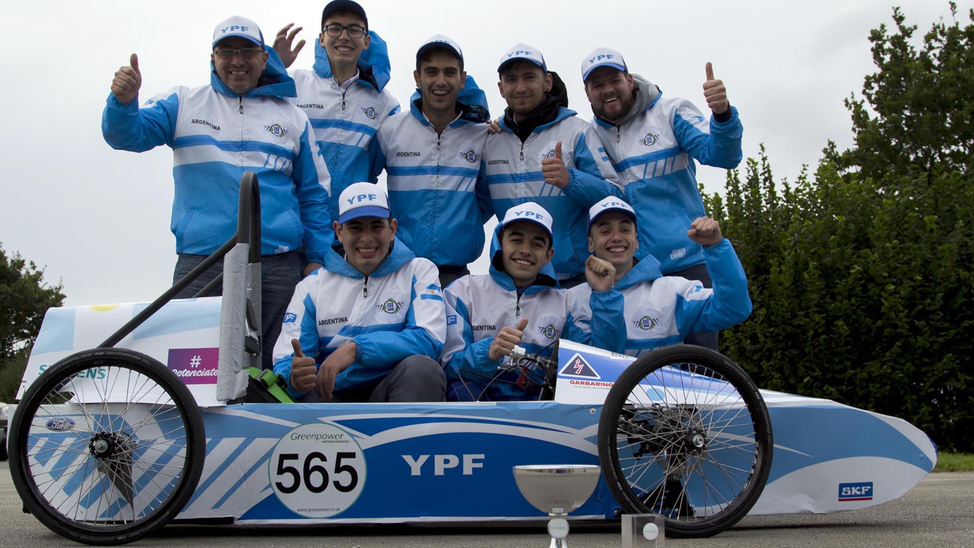 Un equipo de Junín salió segundo en su categoría en el torneo de autos eléctricos más importante.