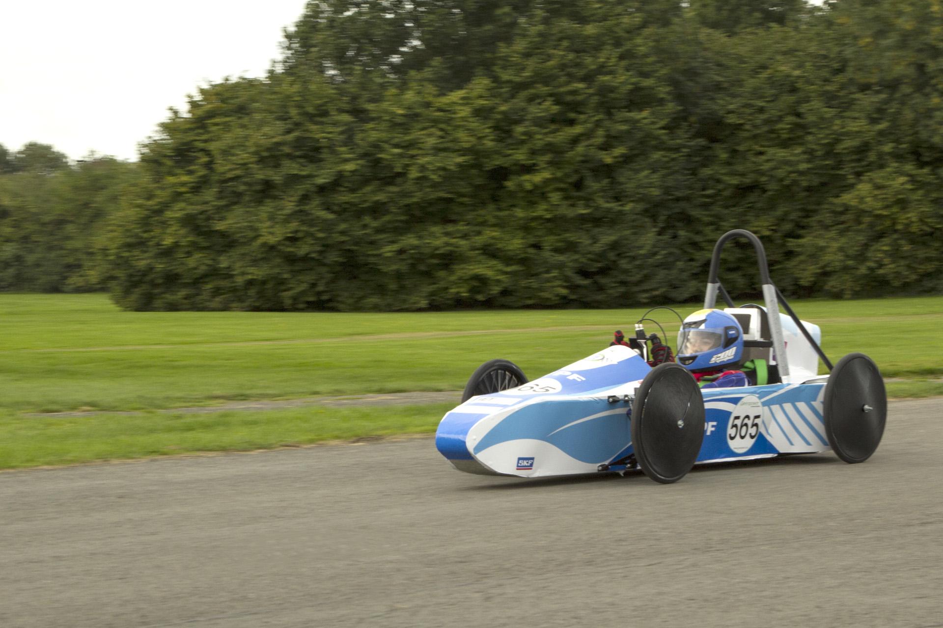 El reglamento de este torneo, al igual que el Desafío ECO YPF, está dado por la FIA.