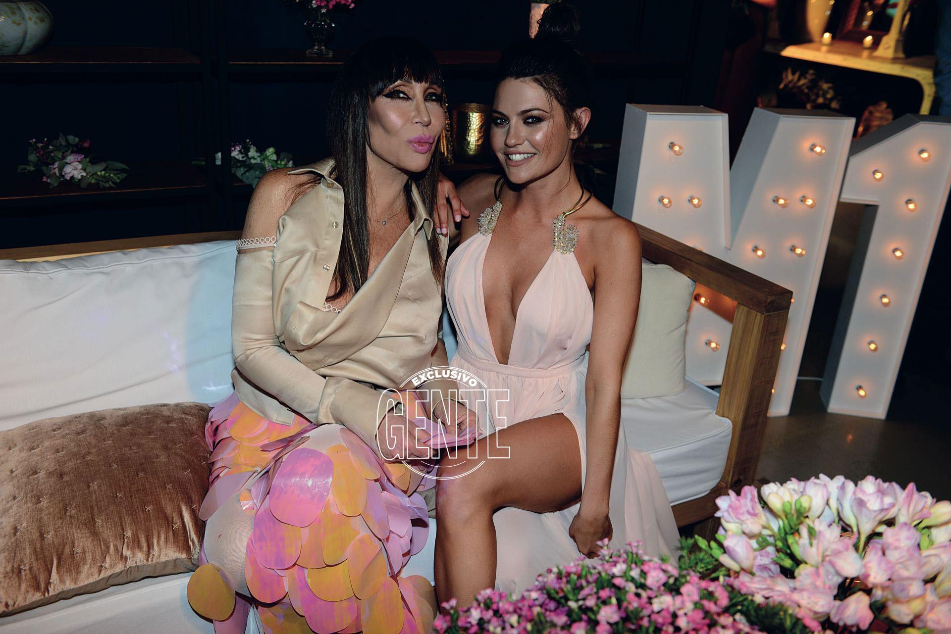 """Sofía """"Jujuy"""" Jiménez (Multitalent) también pasó por el sofá de Moria. """"Me dijo que me ve ganadora del Bailando"""", repetía emocionada la norteña."""