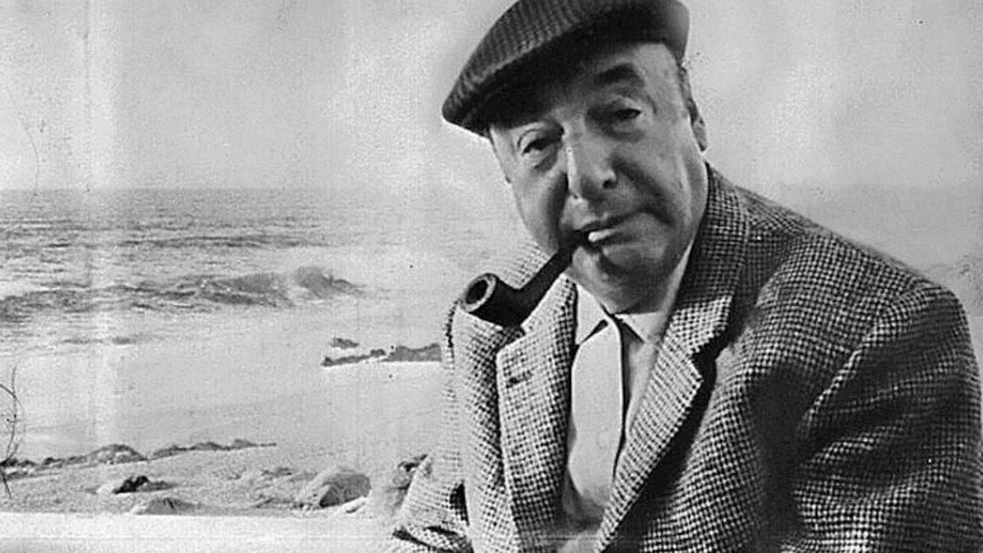 La intensa vida de Pablo Neruda, entre el relámpago de sus versos ...