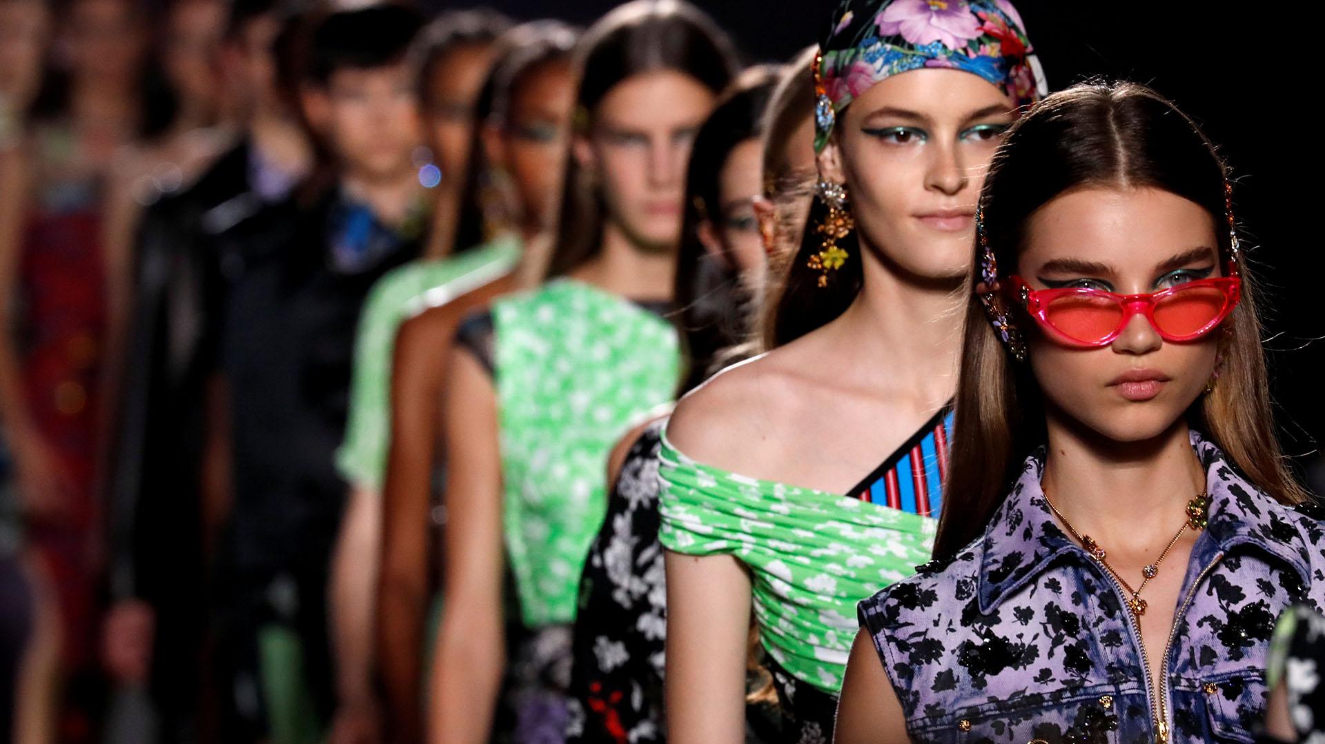 7c22cd0402 Desfile de Versace en la semana de la moda de Milán 2019 (REUTERS/Stefano
