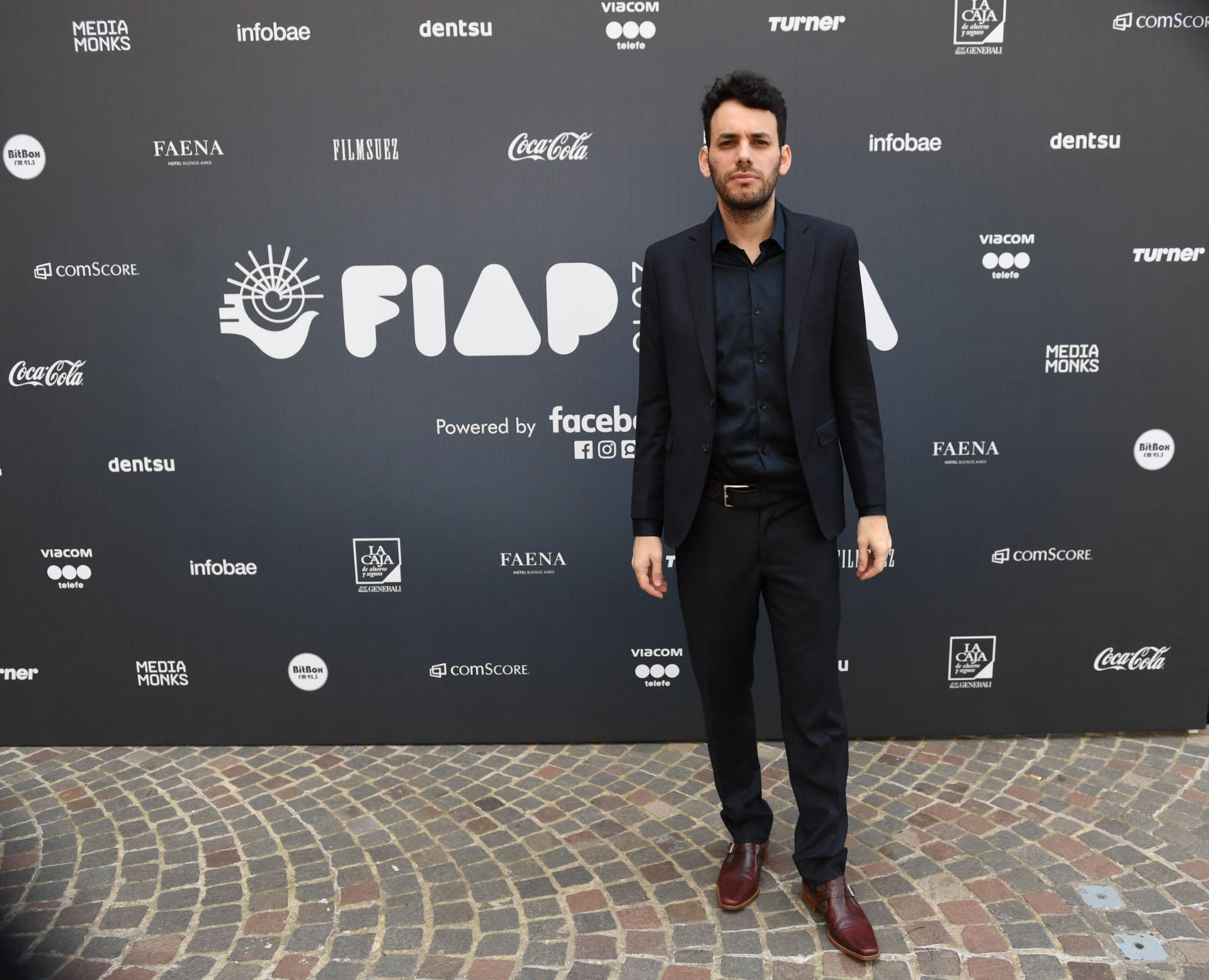 Facundo Pedrini trabaja en el canal Crónica y es uno de los autores de las placas rojas que distinguen el estilo periodístico de Crónica TV