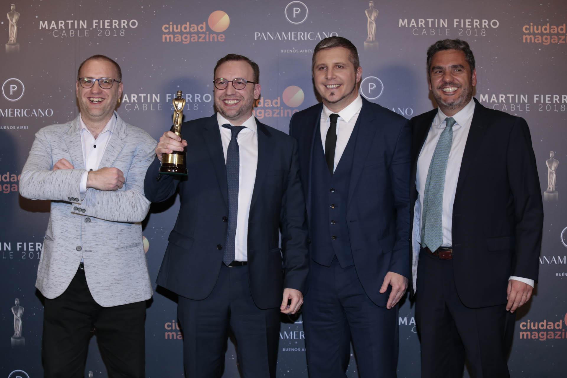 Mariano Otáloray su equipo, distinguido por APTRA por su programa económico ¿Qué hacemos con los pesos? (Canal 26)