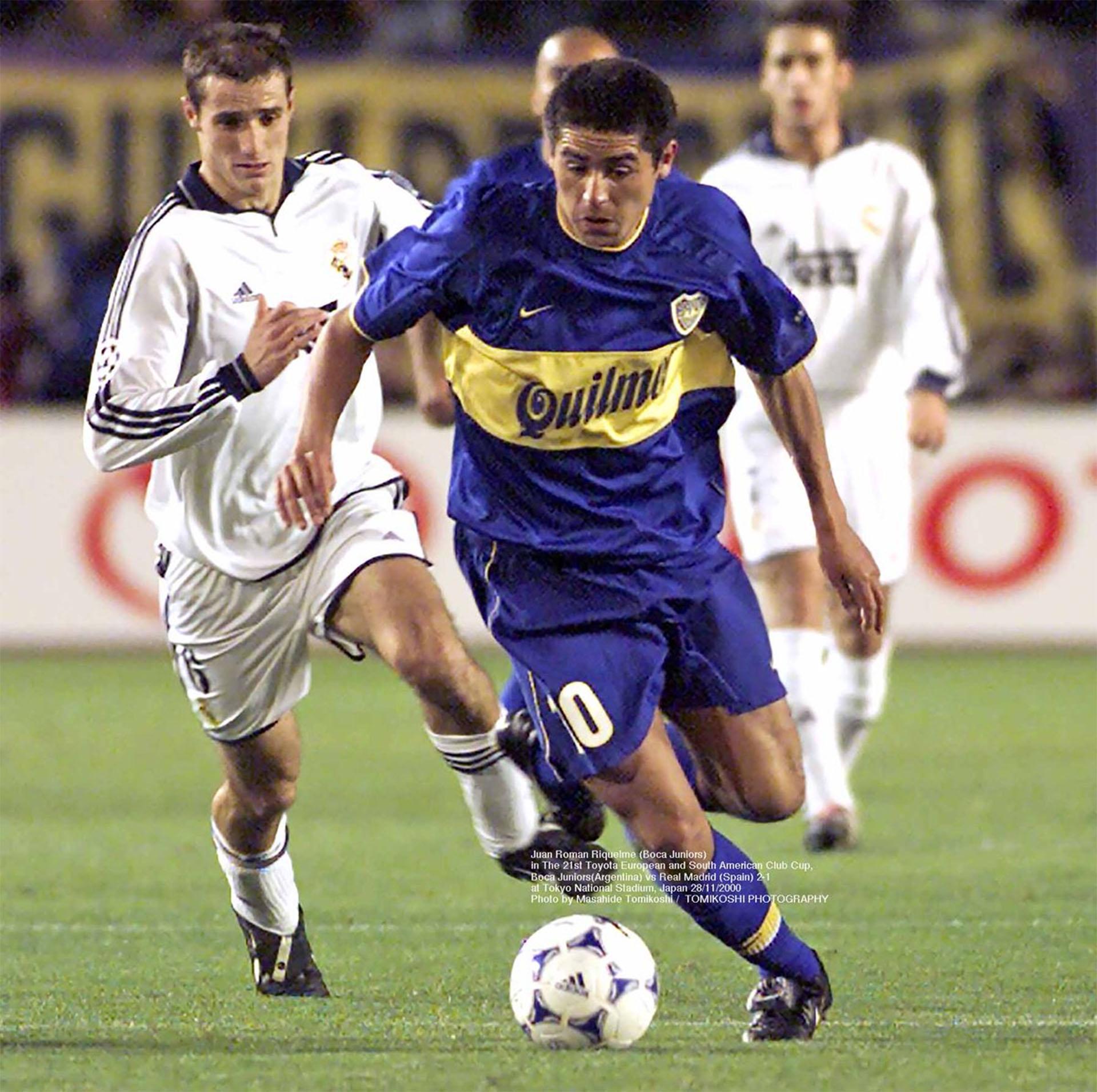 Juan Román Riquelme en la Intercontinental que Boca le ganó a Real Madrid (Photo by Masahide Tomikoshi / TOMIKOSHI PHOTOGRAPHY @tphoto2005)