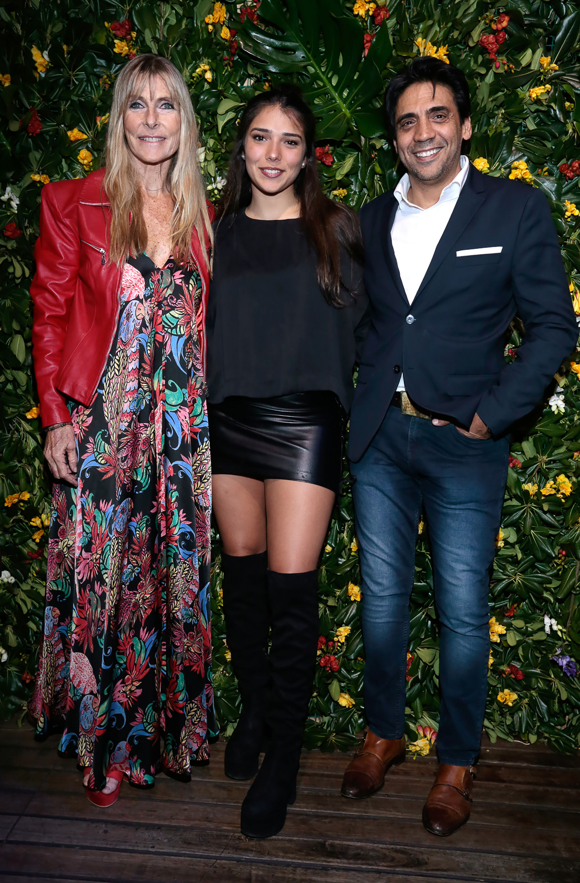 """Virginia Elizalde y Eduardo """"Coco"""" Fernández junto a su hija Sol"""