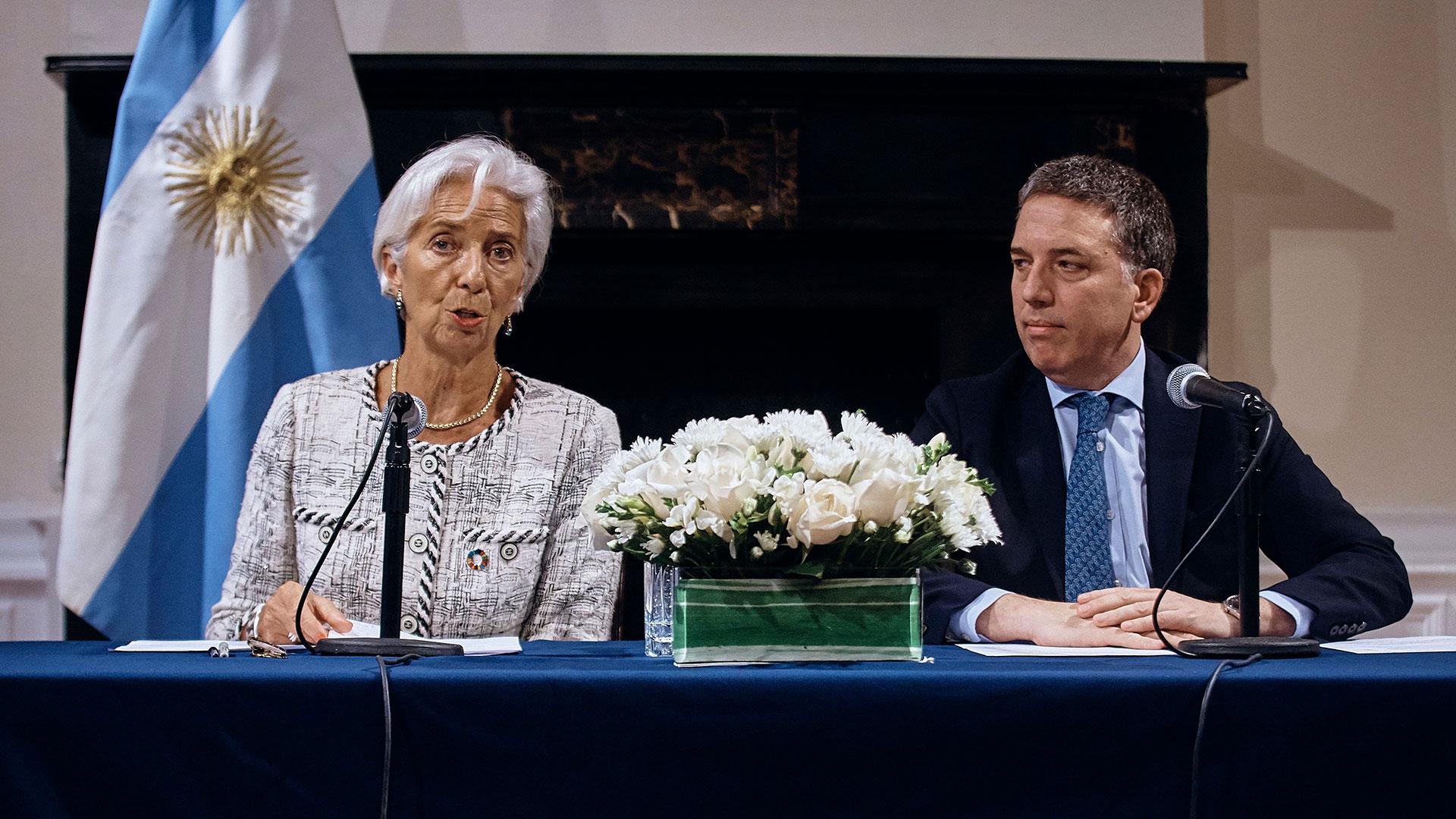 Nicolas Dujovne y Christine Lagarde en la conferencia de prensa de ayer en Nueva York