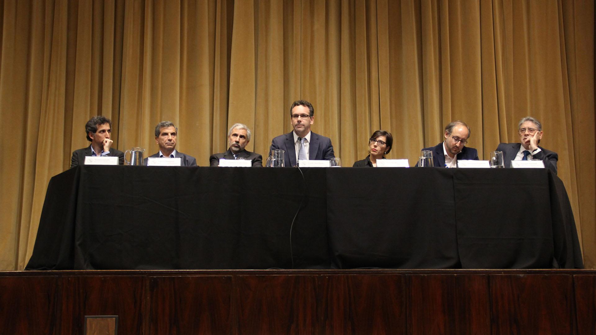 Guido Sandleris, presidente del Banco Central, y su equipo, lograron quitarle volatilidad a la cotización del dólar y sostenerlo dentro del piso de la zona de no intervención (Matias Baglietto)
