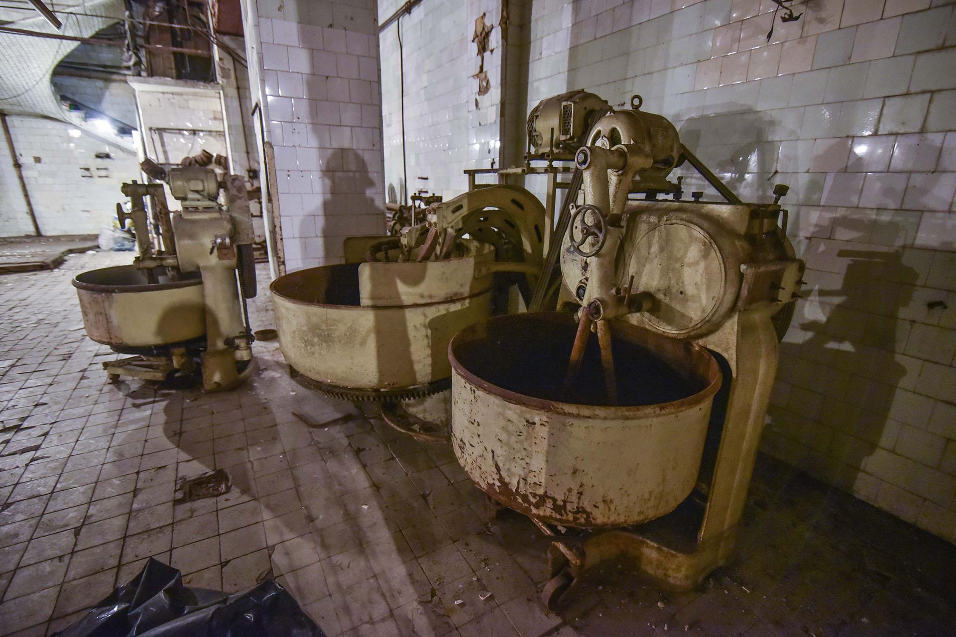 Las máquinas con las que se preparaba la destacada pastelería del café eran de avanzada para su época