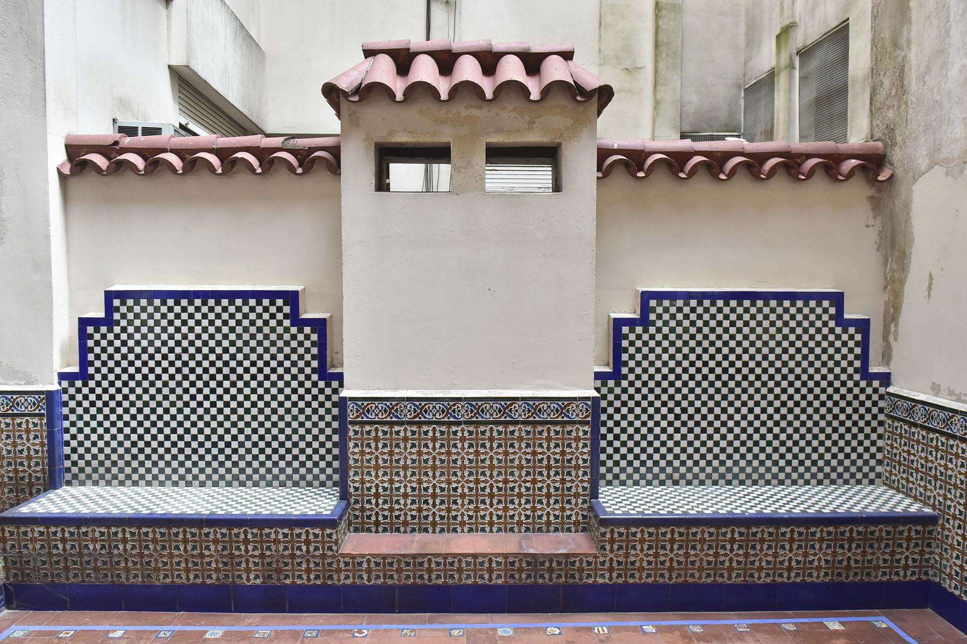 Oculto y desconocido para muchos, el edificio tiene un patio interno