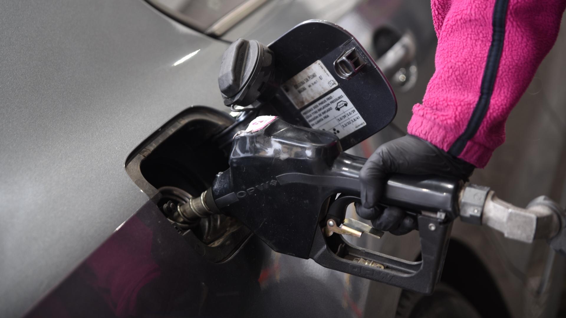 Las naftas bajan 3,2% tras haber subido 7% en los últimos días (Foto: Manuel Cortina)