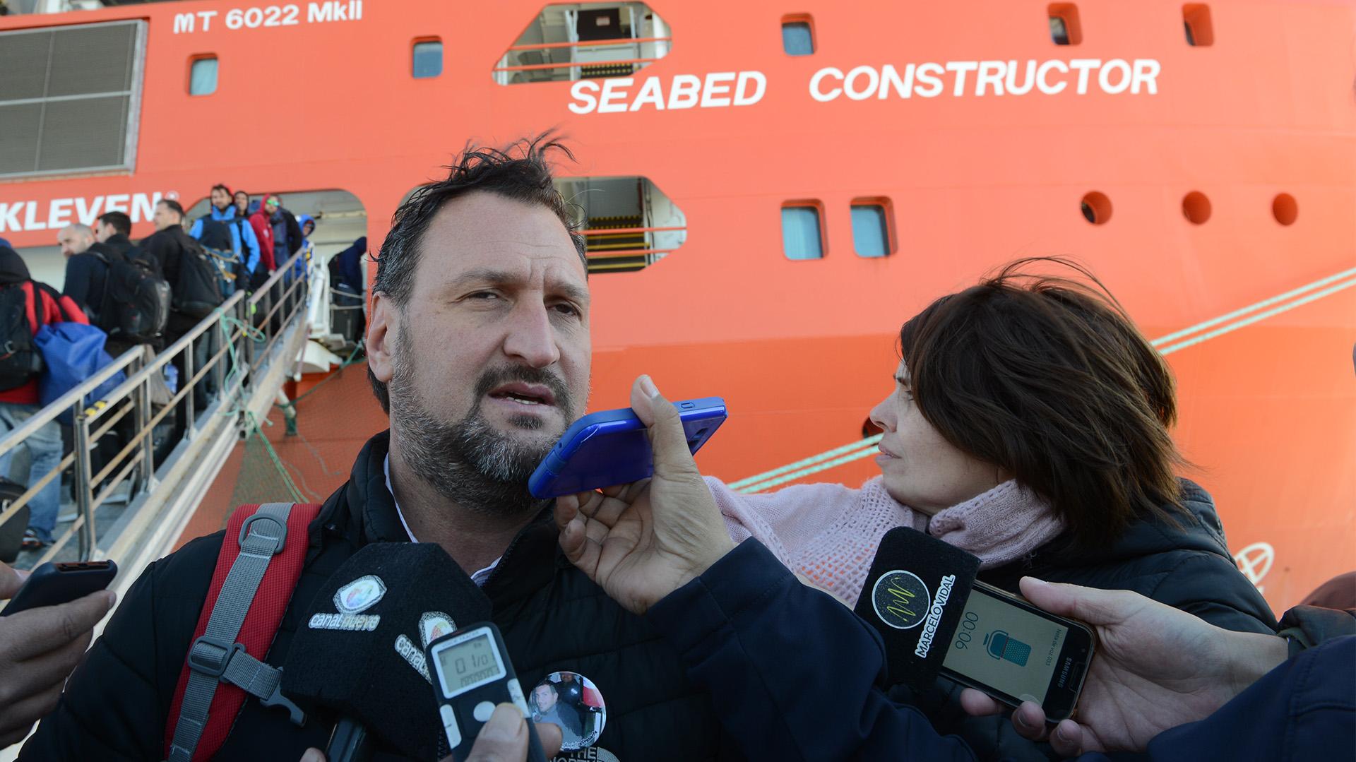 Luis Tagliapietra, uno de los familiares que participa de la búsqueda del submarino (Walter Calderon)