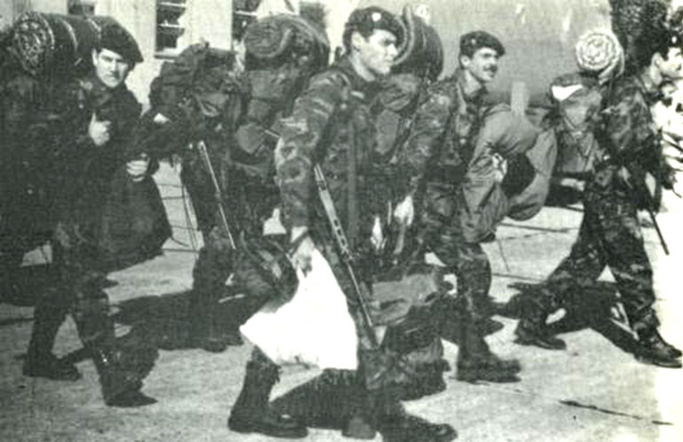 La Compañía de Comandos 602 al salir de Campo de Mayo hacia las islas Malvinas en 1982
