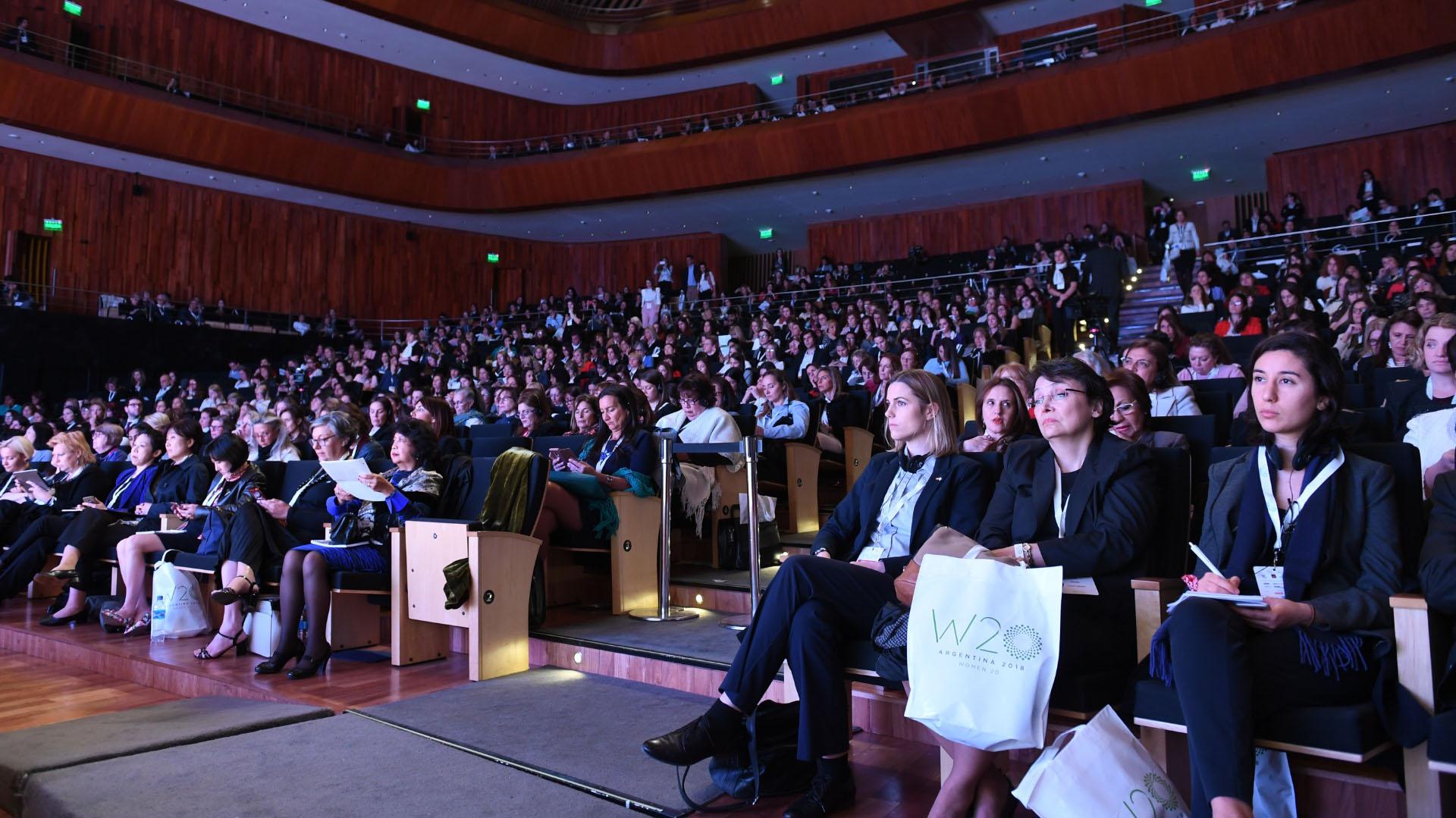 Cientos de mujeres participan del W20 Argentina