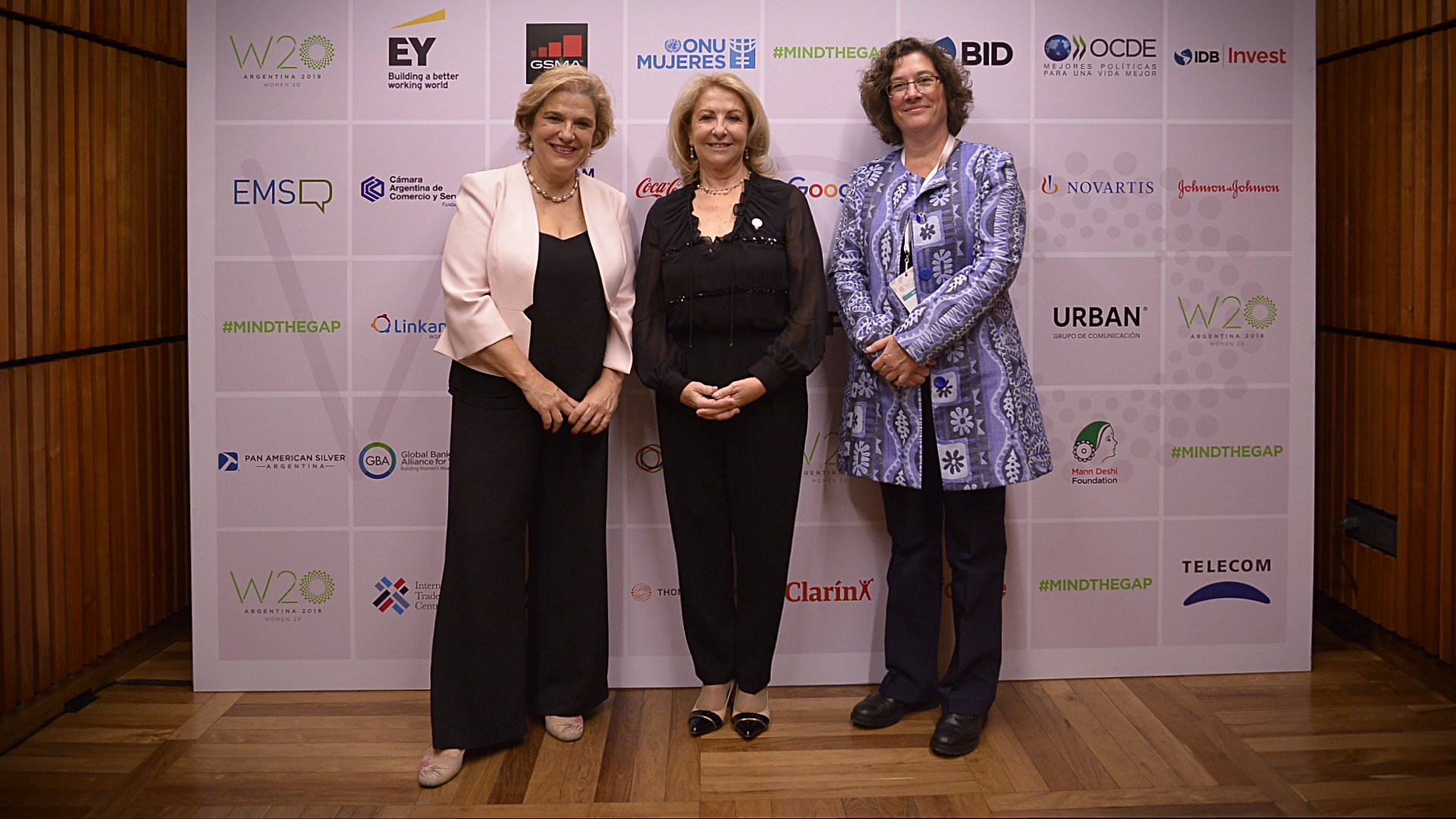Pilar Rahola, Susana Balbo y Sonia Jorge, de la Alliance for Affordable Internet