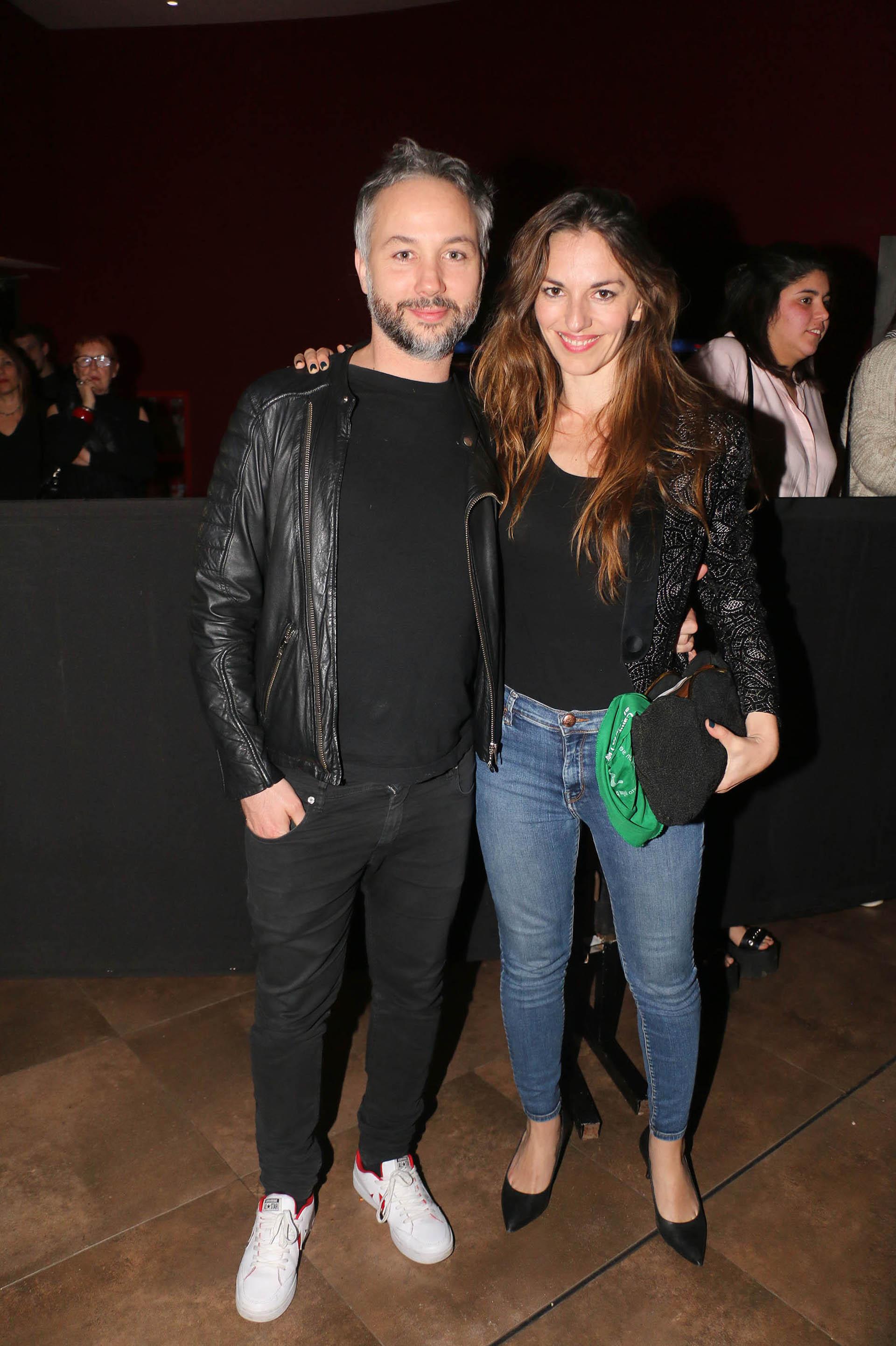 El periodista Diego Iglesias y su novia, la escritora y guionista Erika Halvorsen