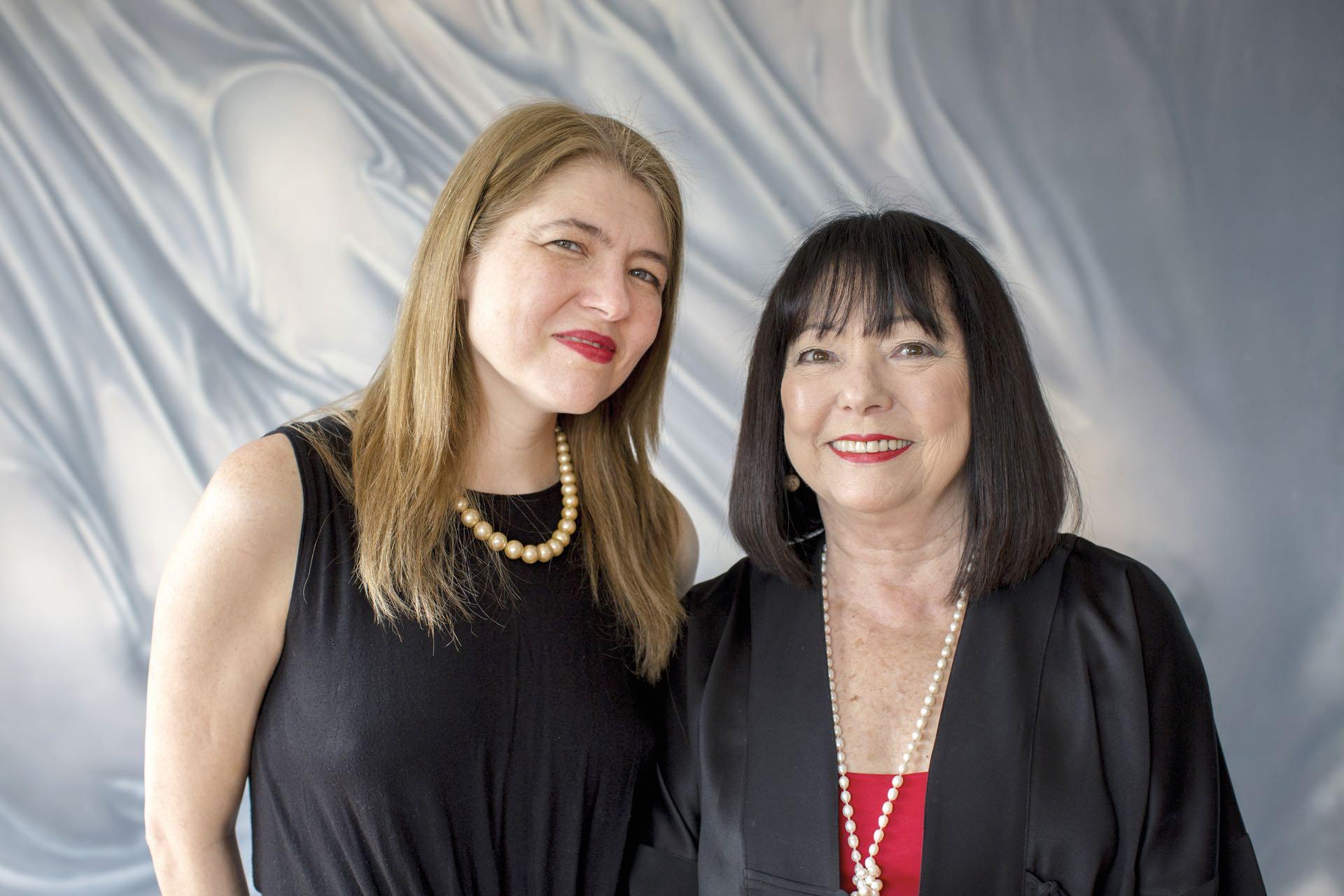 Agustina Rabian junto a su mamá Silvia Morizono.