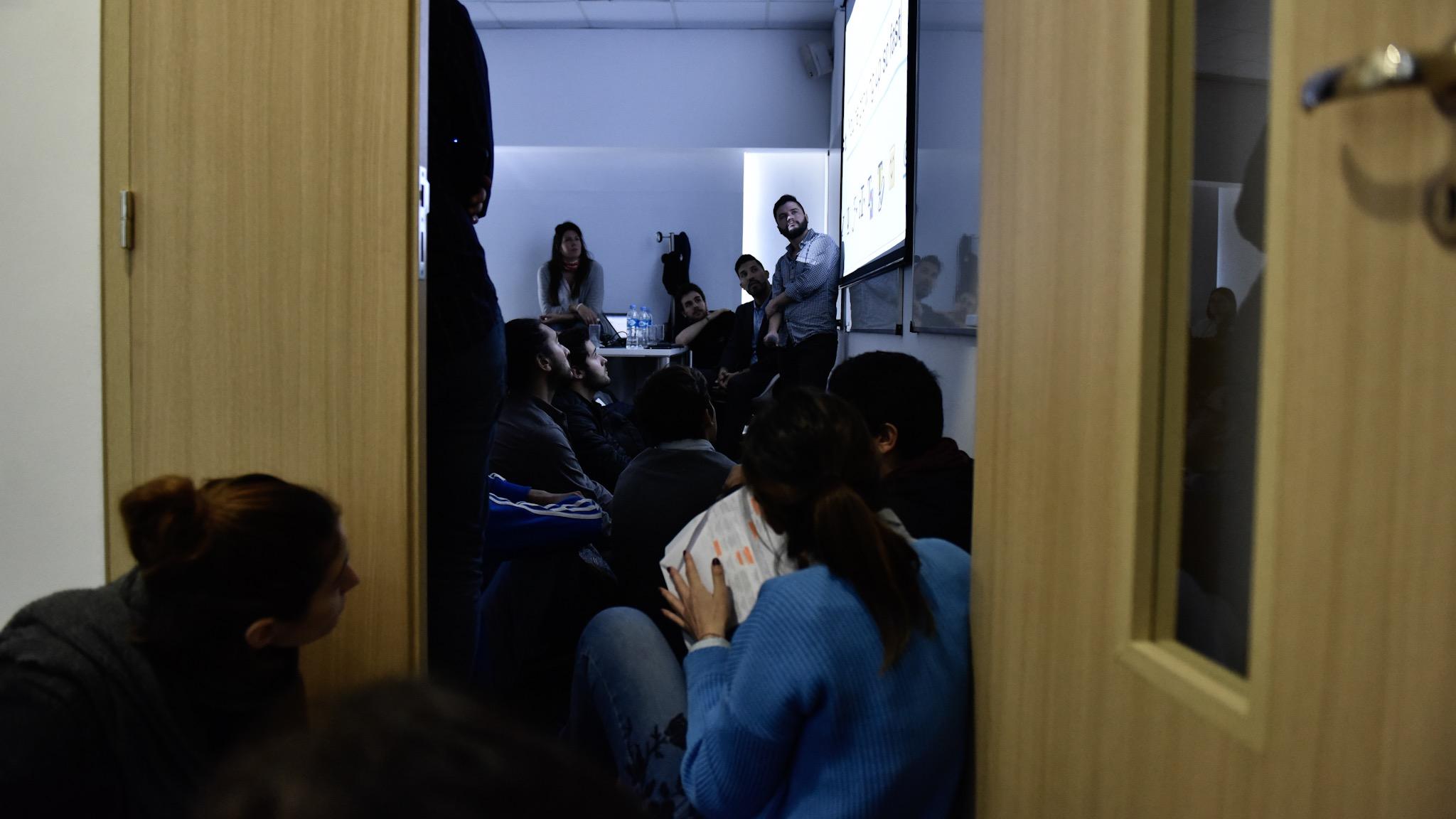 """En el aula 2, Germán González expuso: """"Argentina al Mundo: ¿Cómo internacionalizar negocios?"""""""