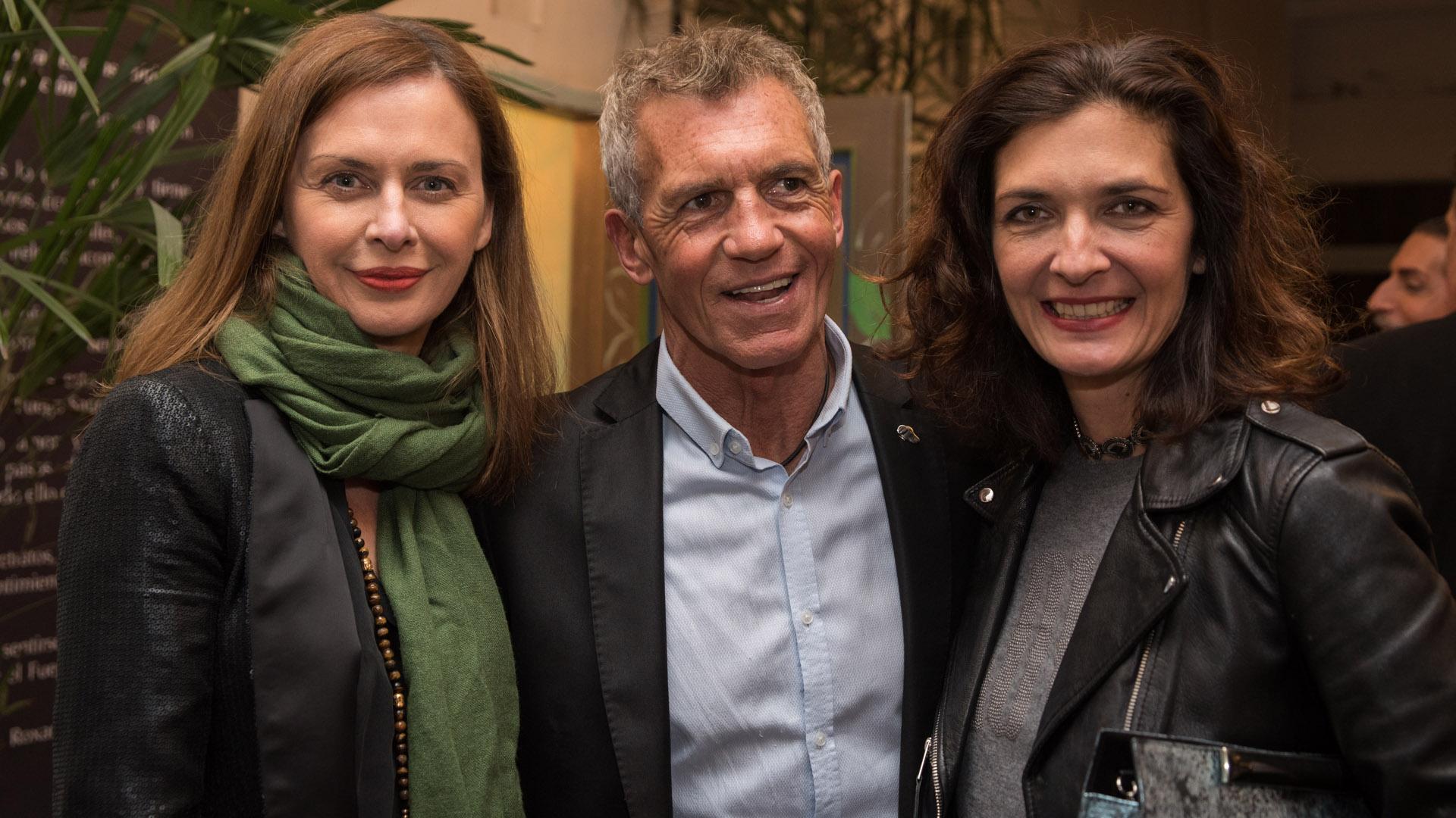 Alejandra Crippa, Ricardo Piñeiro y Gabriela alemán