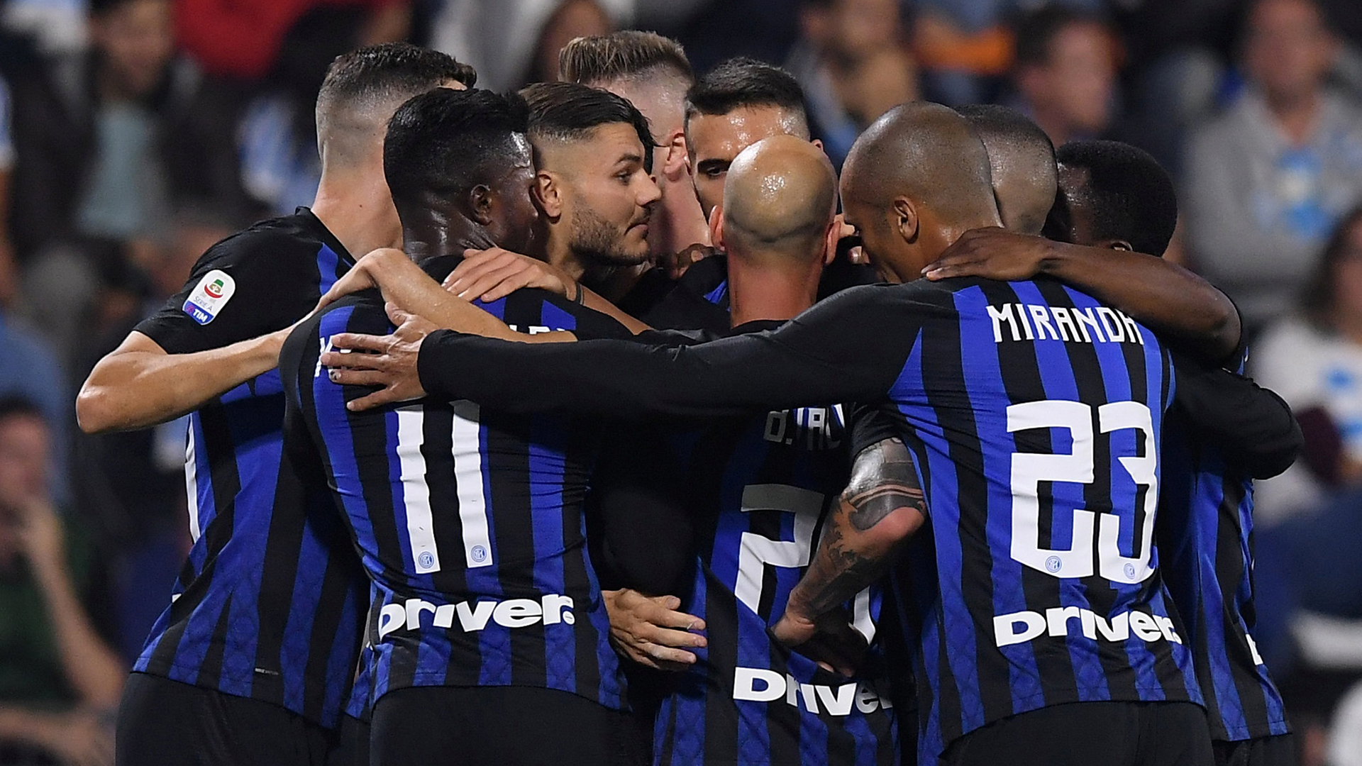 Soccer Football – Serie A – SPAL v Inter Milan – Paolo Mazza, Ferrara, Italy – October 7, 2018  Inter Milan's Mauro Icardi celebrates scoring their first goal with teammates    REUTERS/Alberto Lingria