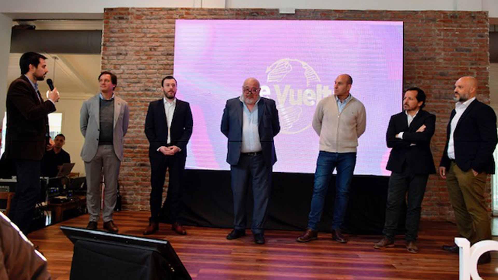 A través del programa ReVuelta, Quilmes incorporó 1080 proveedores nuevos.