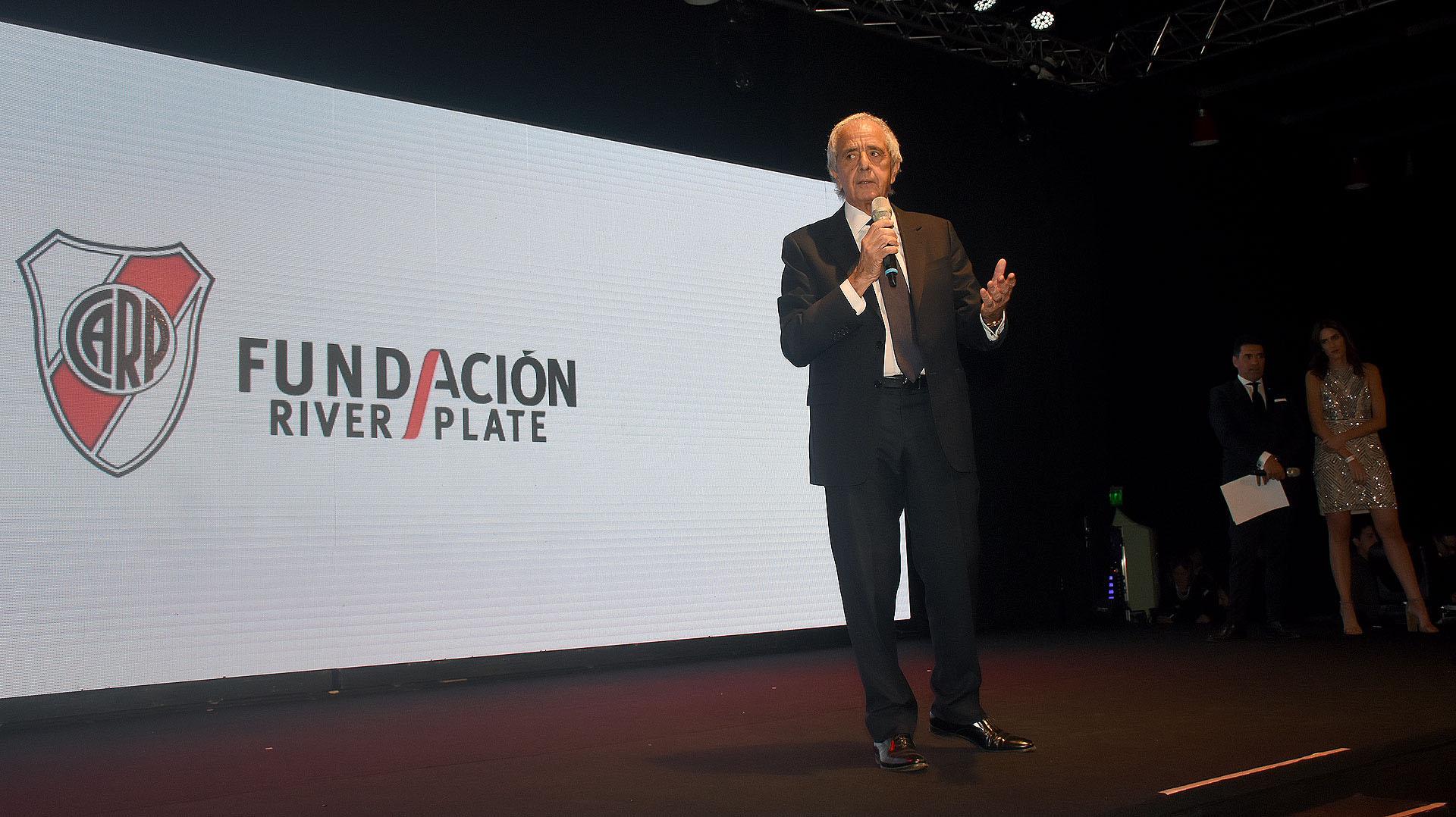 Rodolfo D'Onofrio, presidente de River, durante su discurso