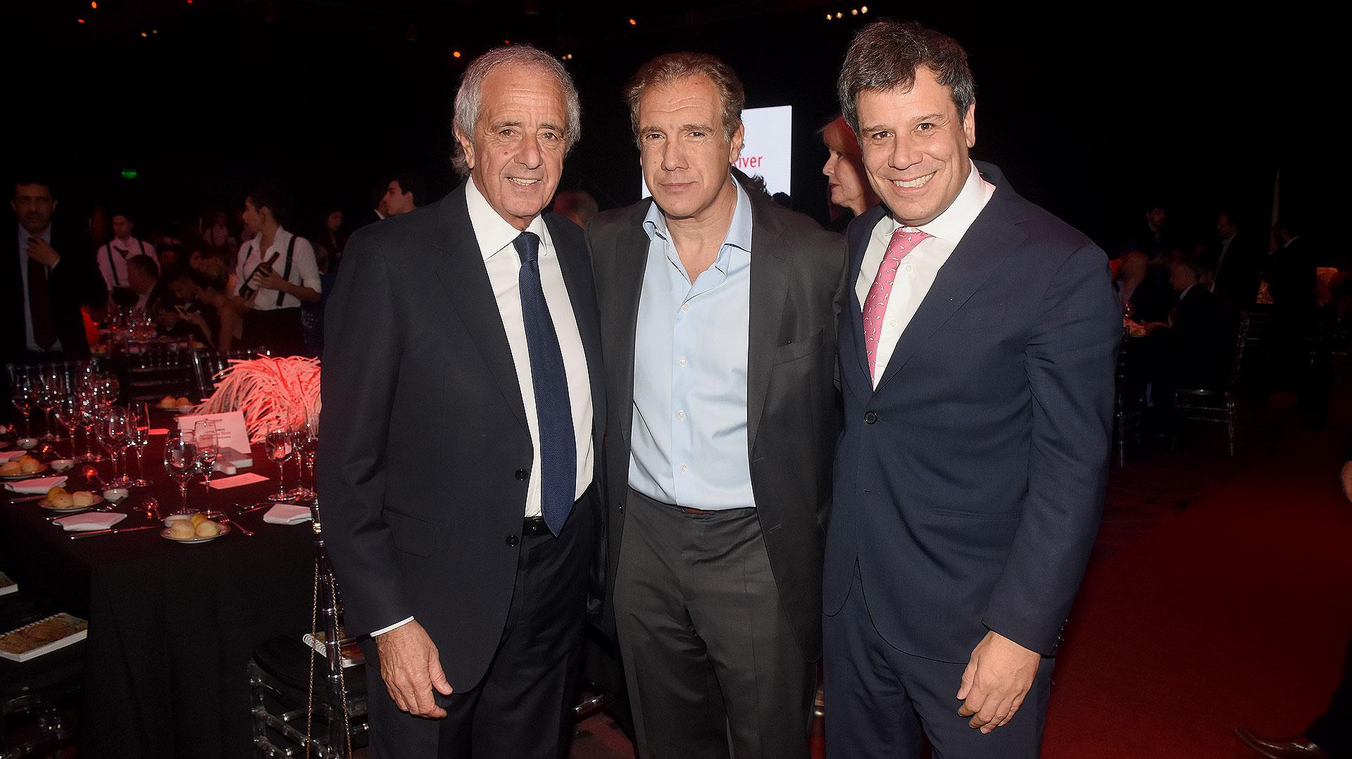 Rodolfo D'Onofrio, Daniel Hadad (fundador y CEO de Infobae) y Facundo Manes