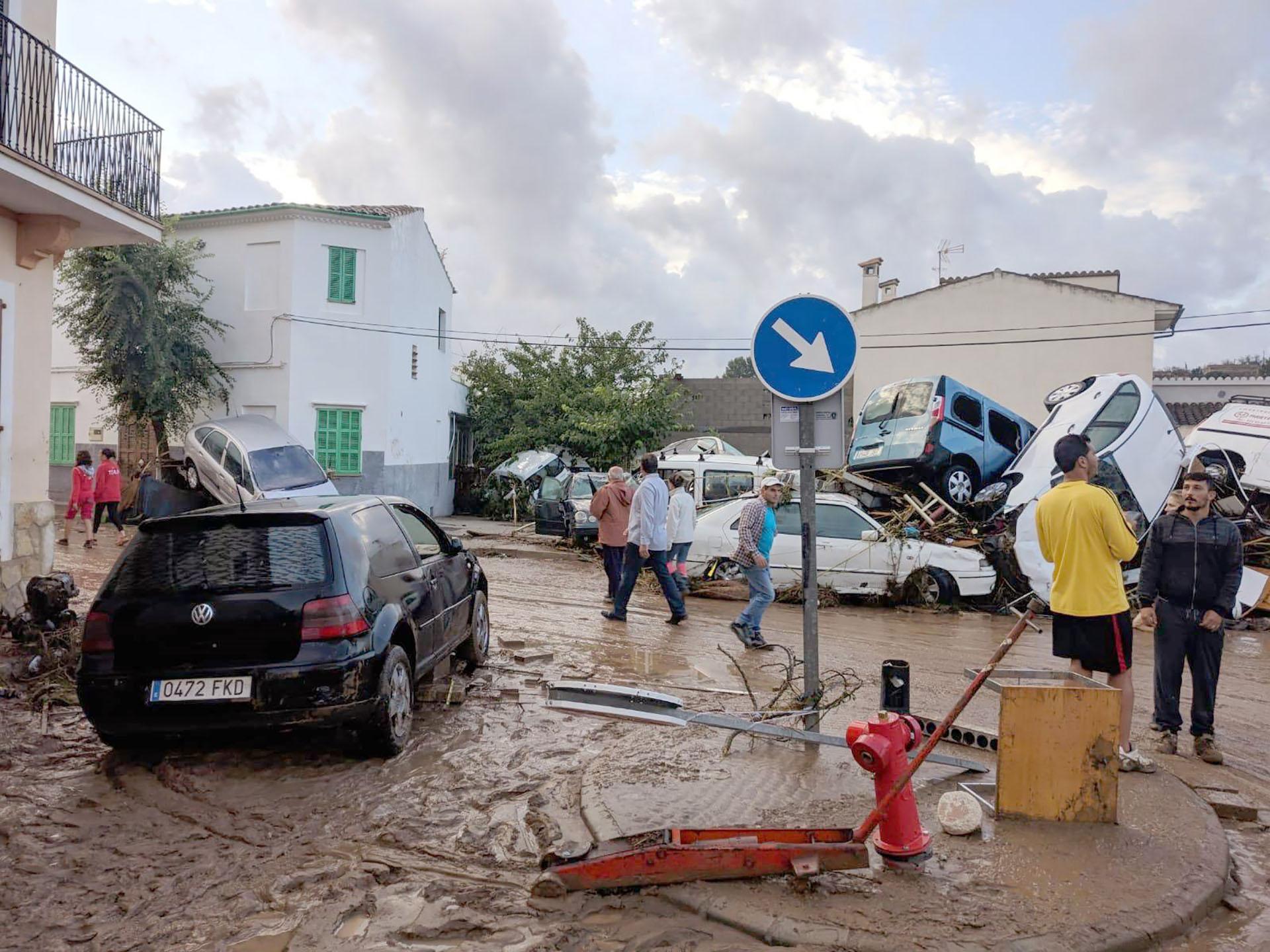La localidad más afectada, Sant Llorenç des Cardassar, se encuentra a unos 60 kilómetros al este de Palma de Mallorca, la capital de esta isla del Mediterráneo