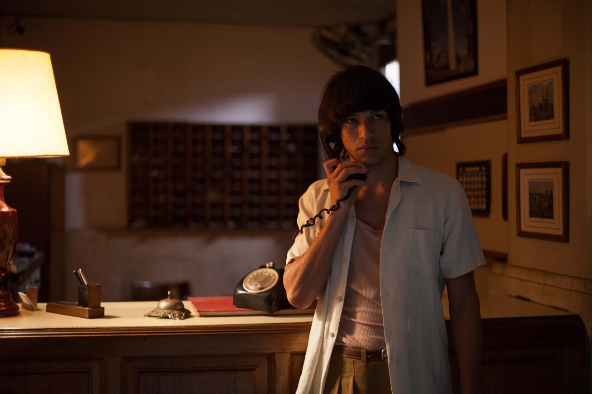 Mauricio Paniagua como Carlos Monzón