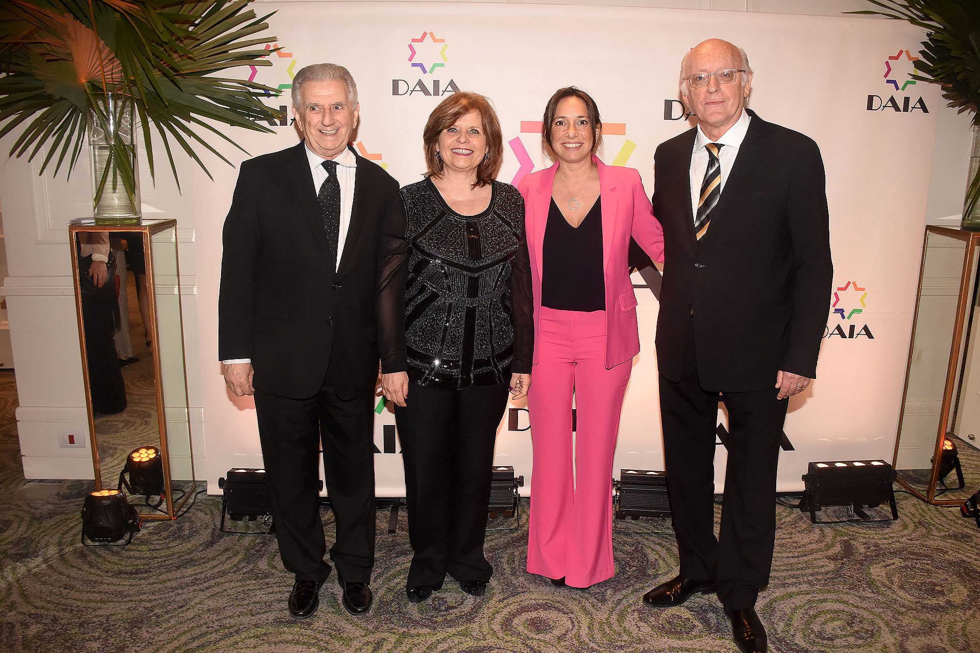 Alberto Hammerschlag, vicepresidente primero de la DAIA; Ana María Bou Pérez, ministra de Salud porteña; Pamela Malewicz, subsecretaria de Derechos Humanos y Pluralismo Cultural porteña; y Alberto Indij
