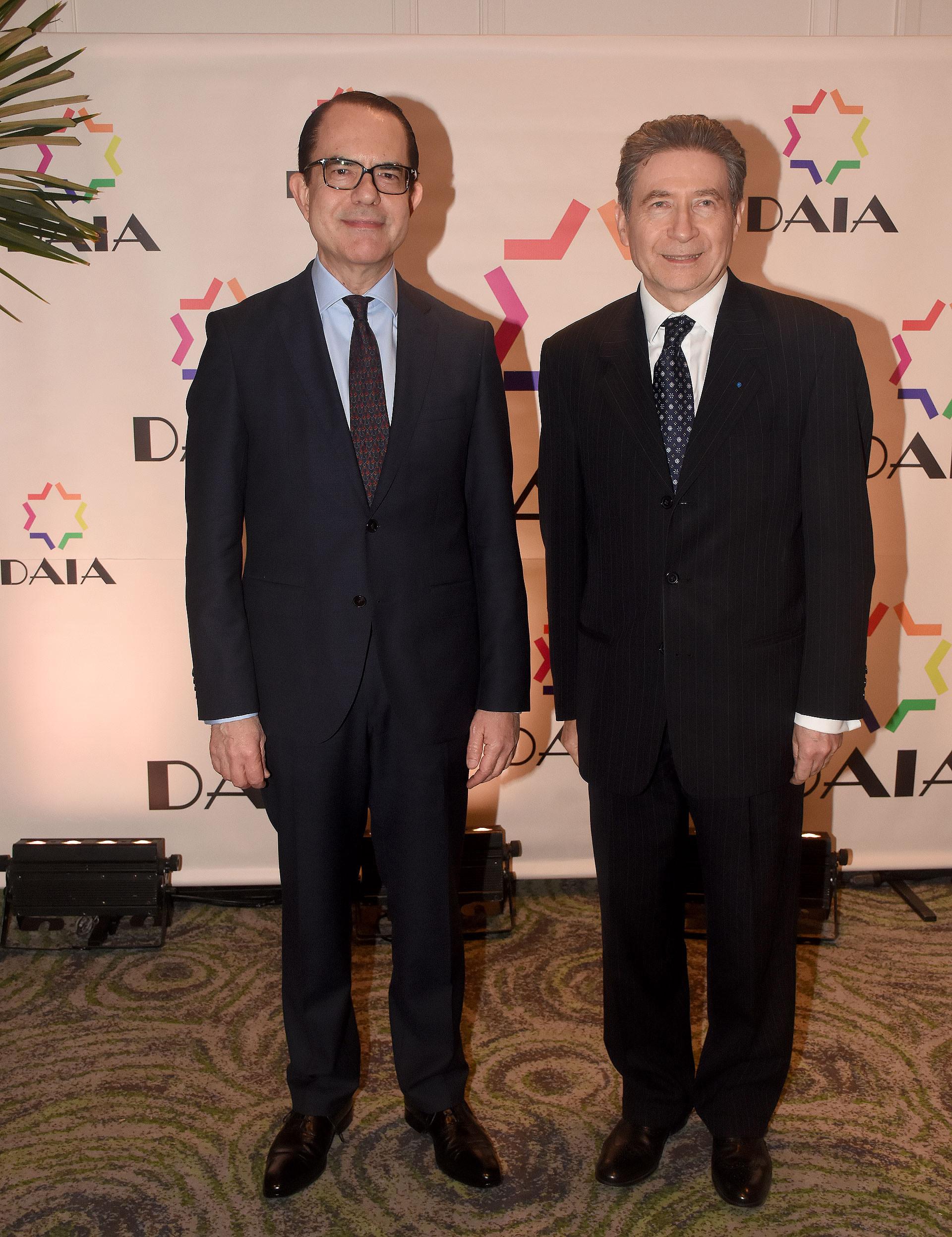 El embajador de Grecia en la Argentina, Dimitris Zevelakis, y el embajador de Francia en nuestro país, Pierre-Henri Guignard