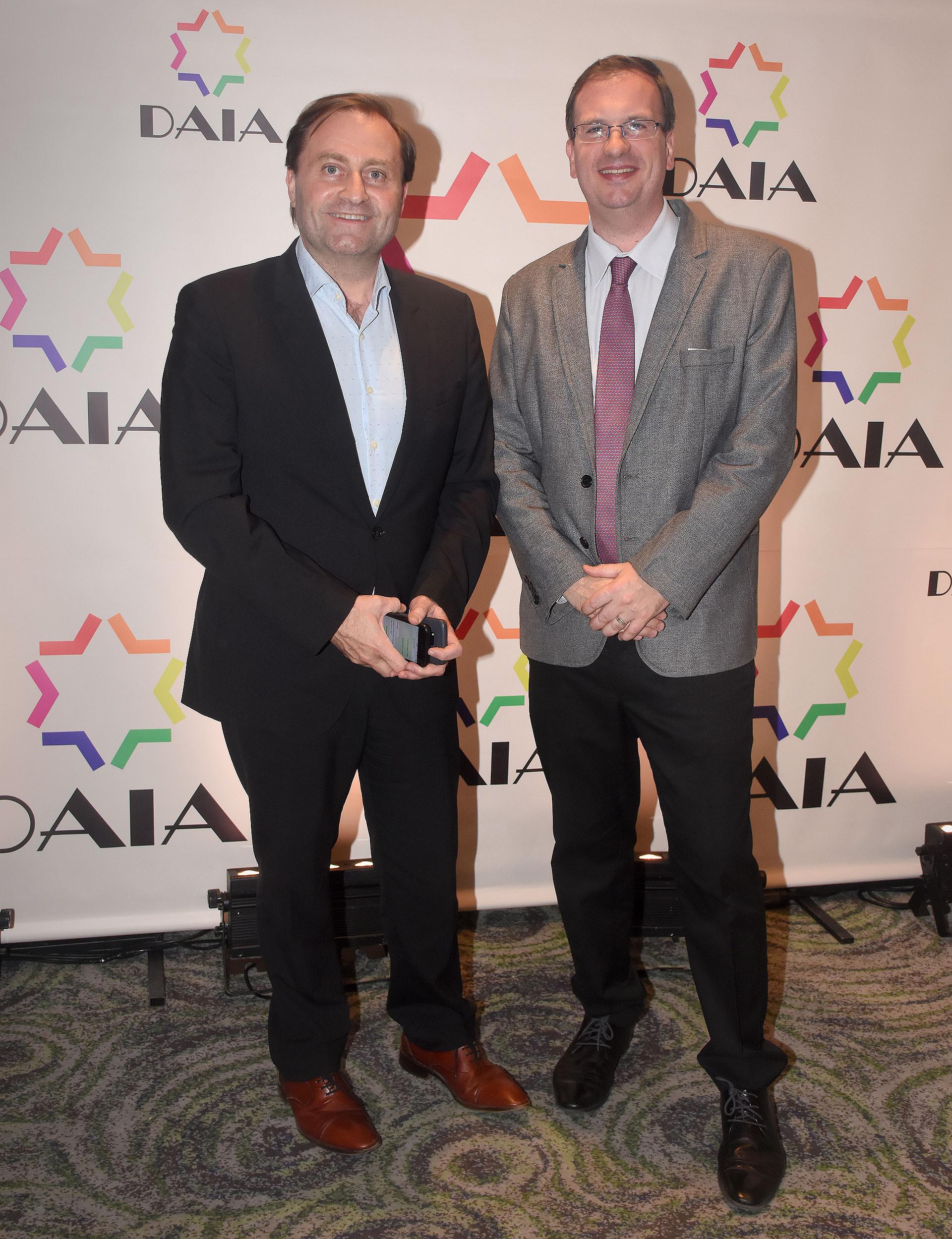 Néstor Sclauzero, gerente de noticias de la TV Pública y presidente de FOPEA, junto a Andrés D'Alessandro, director ejecutivo de ADEPA