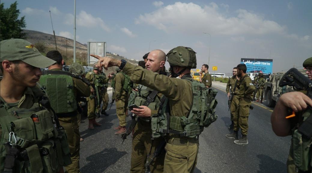 Soldados responden al atentado en Samaria