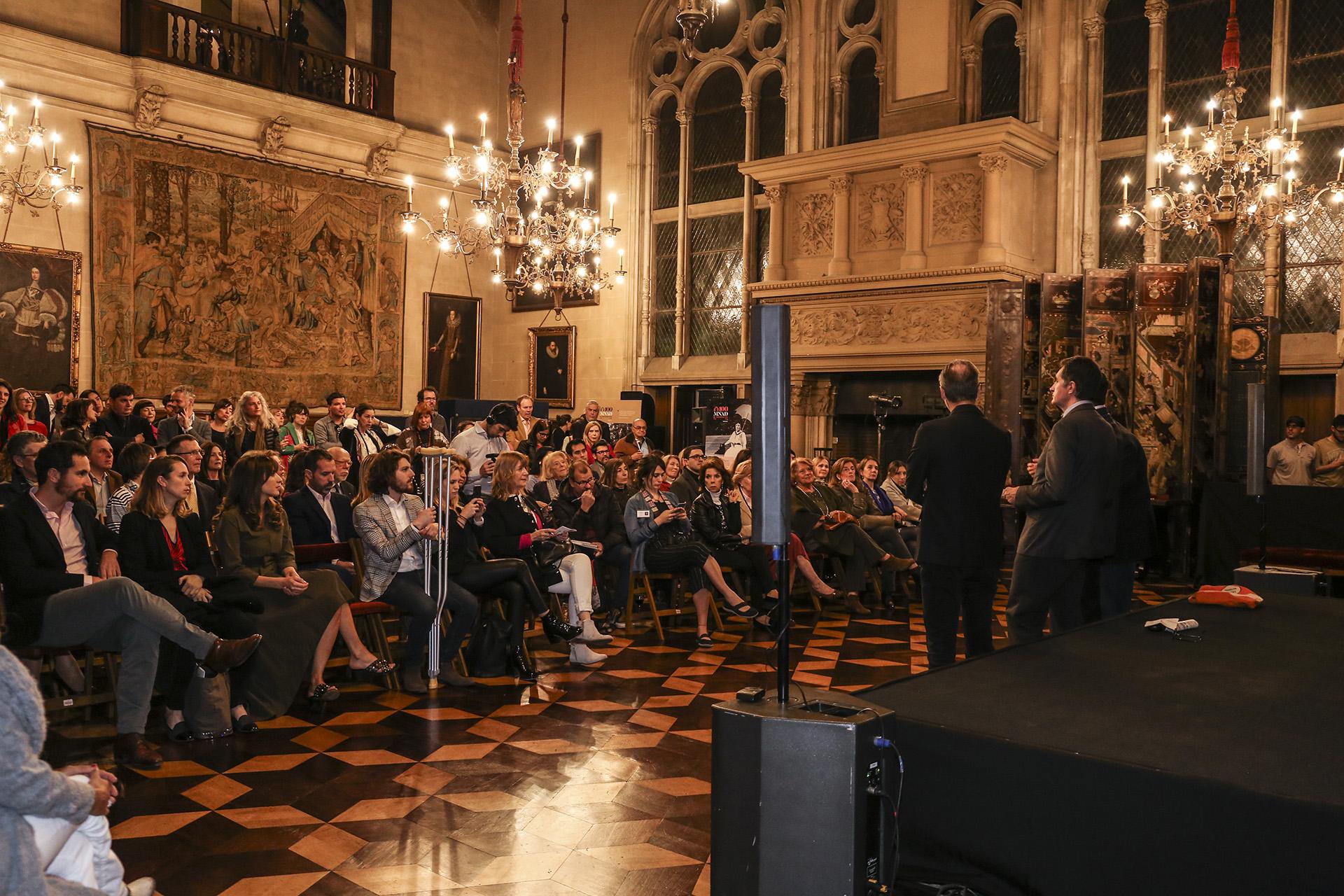 Buenos Aires fue seleccionada como la primera ciudad hispanoparlante para recibir la exposición global, con la que VIA (Valorización de la Innovación en el Diseño de Muebles) y el Instituto Francés, presentan la creatividad de su diseño y promueven, en todo el mundo, la industria francesa del mueble