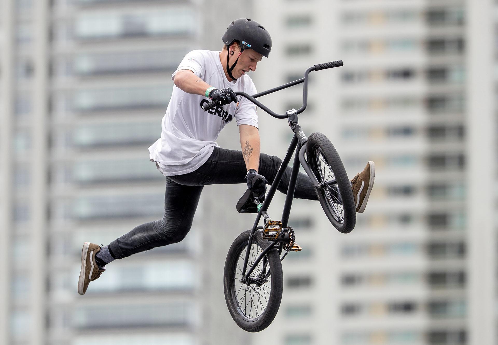 El alemán Evan Brandes y otro gran movimiento con su BMX