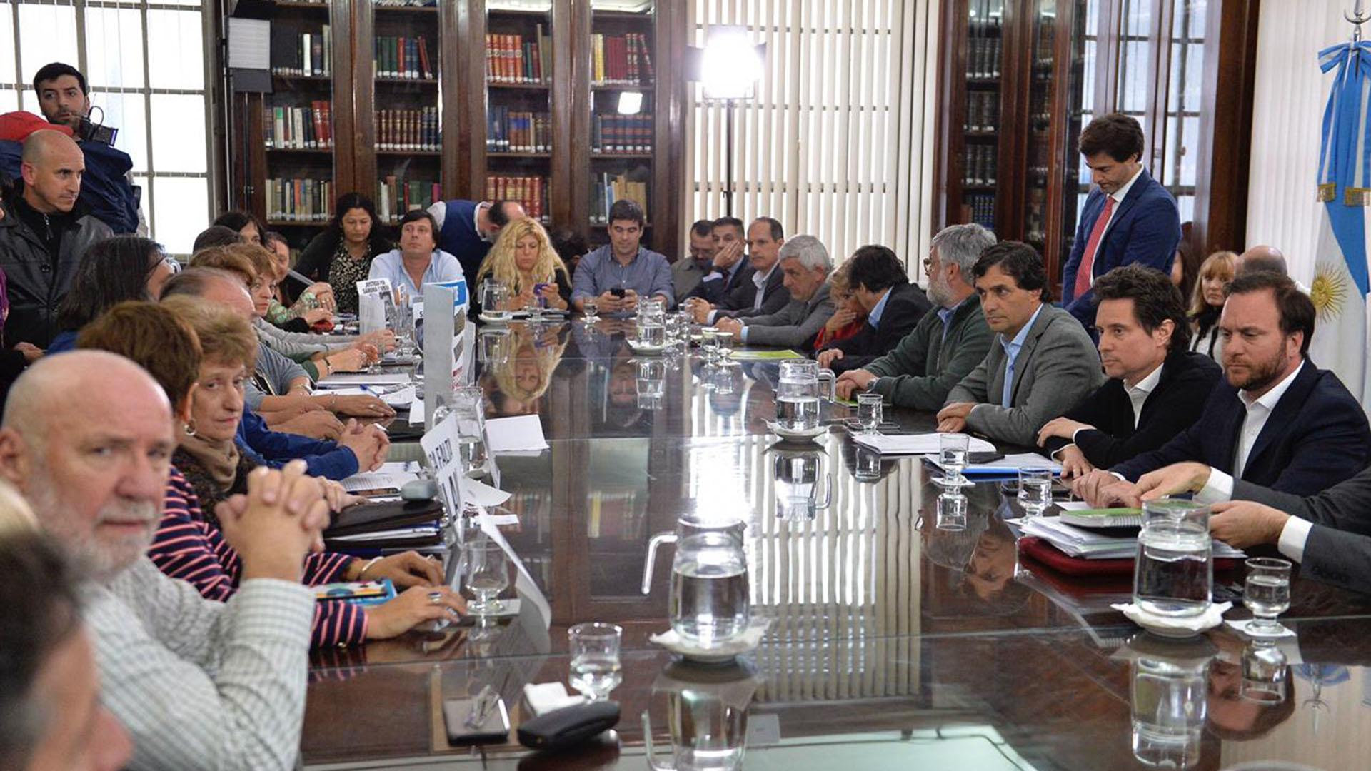 Reunión paritaria de hoy en la provincia de Buenos Aires