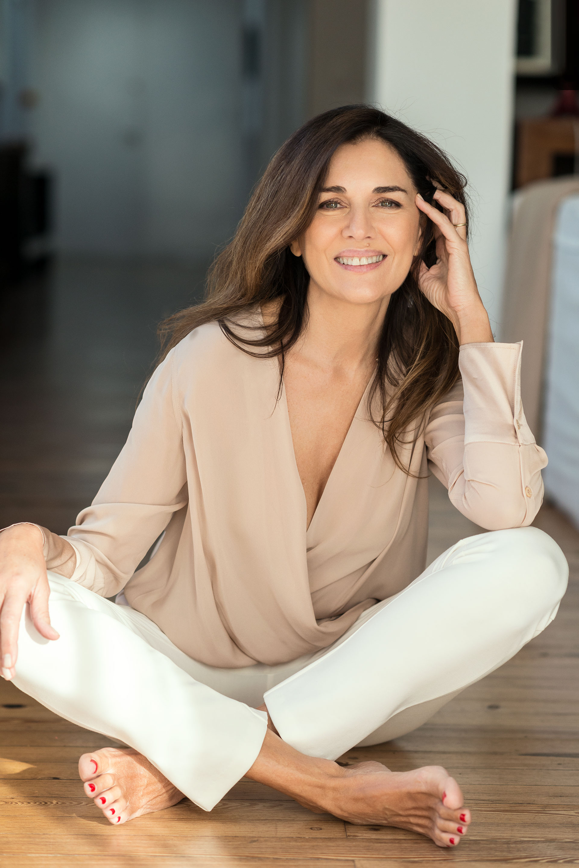 Si bien dejó el modelaje y de ser cara de marcas, nunca teme a posar ante la cámara. Fresca y sonriente (Claudia Cebrian)