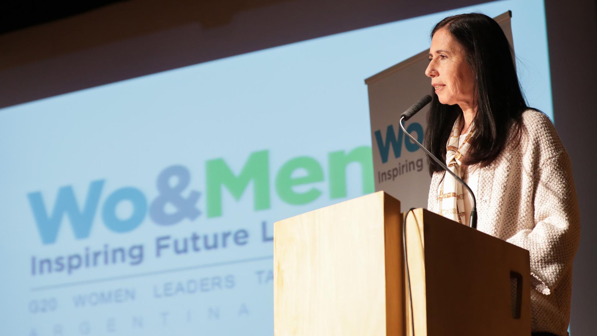 Clarisa Estol, Chair del Task Force aportó ideas y propuestas que llevan a una mayor inclusión de la mujer en el ámbito laboral y de la economía