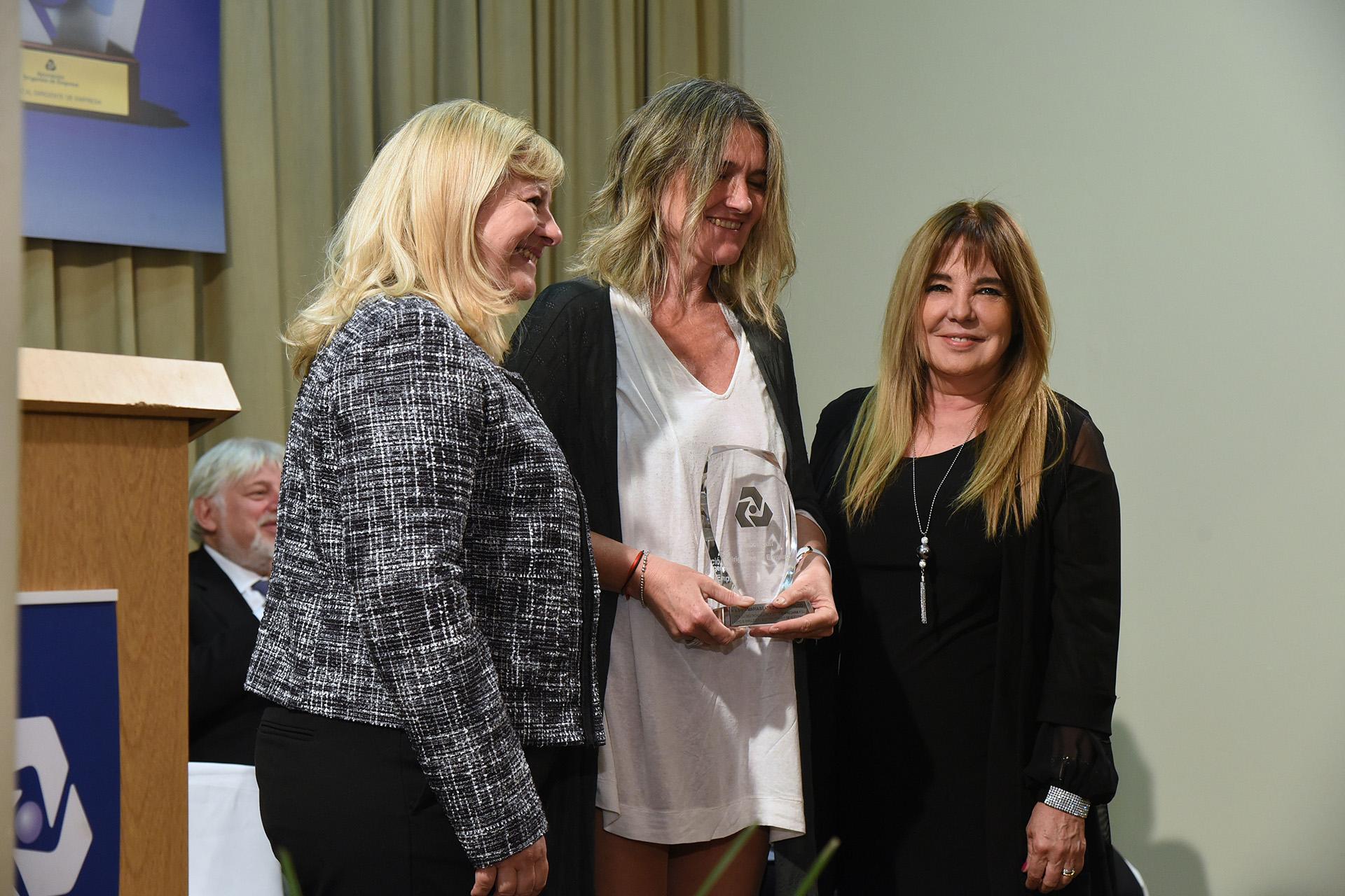 Reconocimiento especial para María Beatriz (Pilu) Giraudo, por su destacada labor como empresaria, y su apoyo e impulso al sector agrario de nuestro país