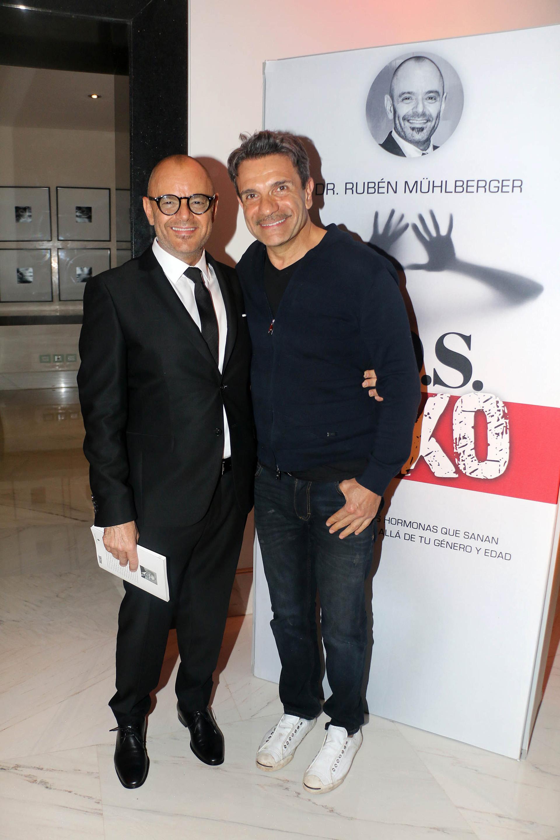 El profesional junto a Marcelo De Bellis