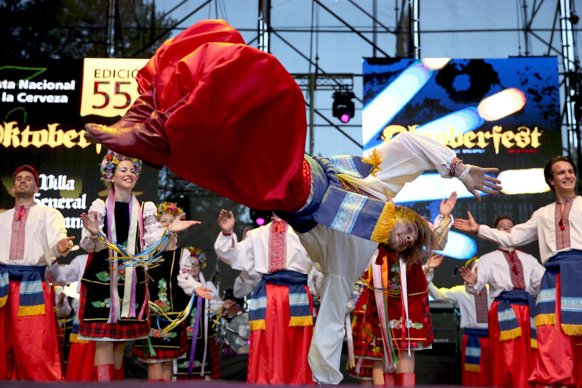 En el Oktoberfest los show artísticos son otros de sus atractivos