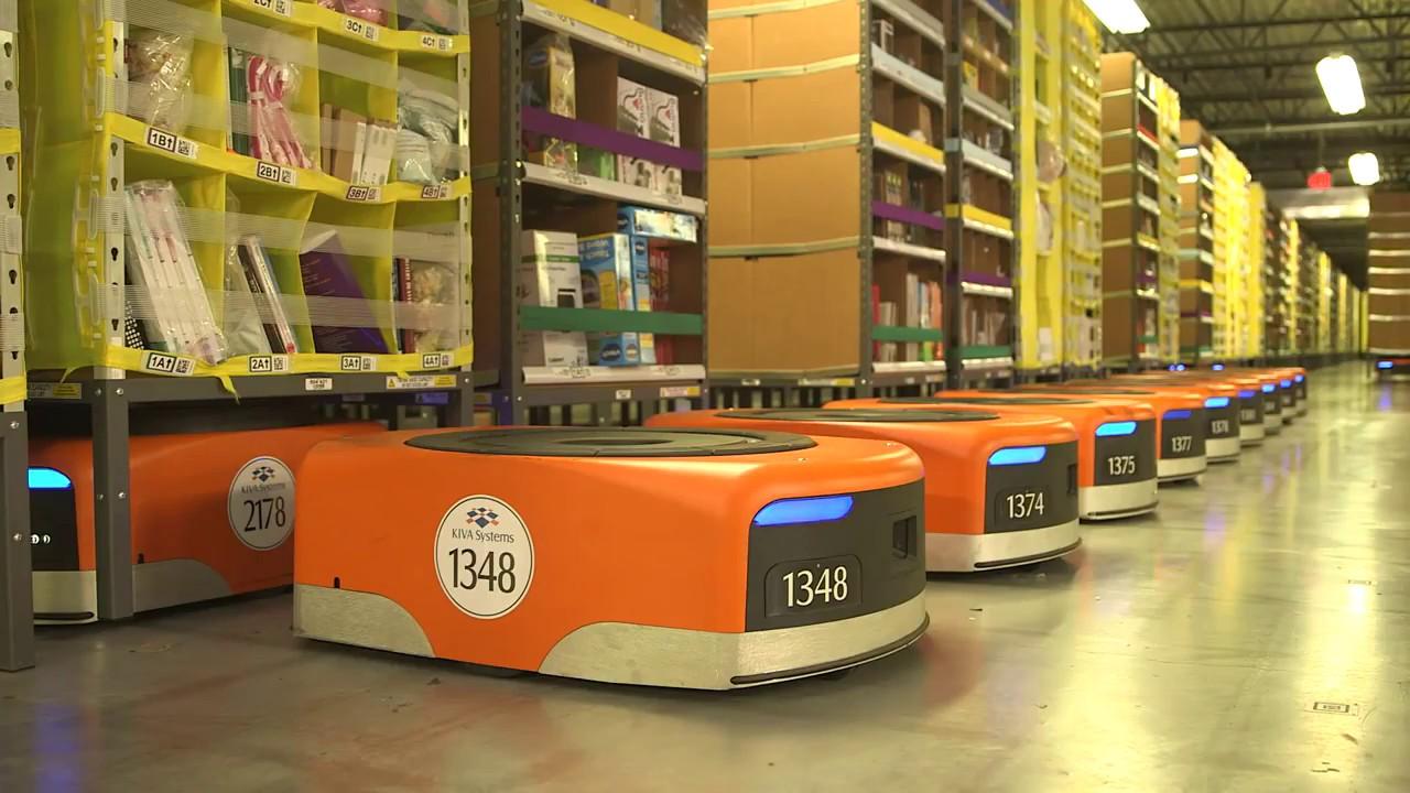 Amazon cuenta con 100 mil robots en sus depósitos de productos