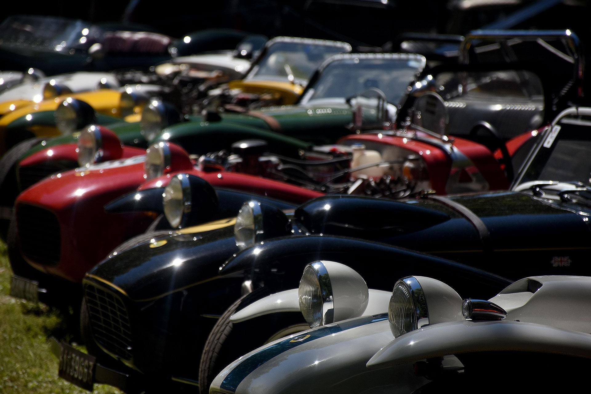 Edición 18° de Autoclásica, una exposición de vehículos clásicos, antiguos, históricos y célebres.