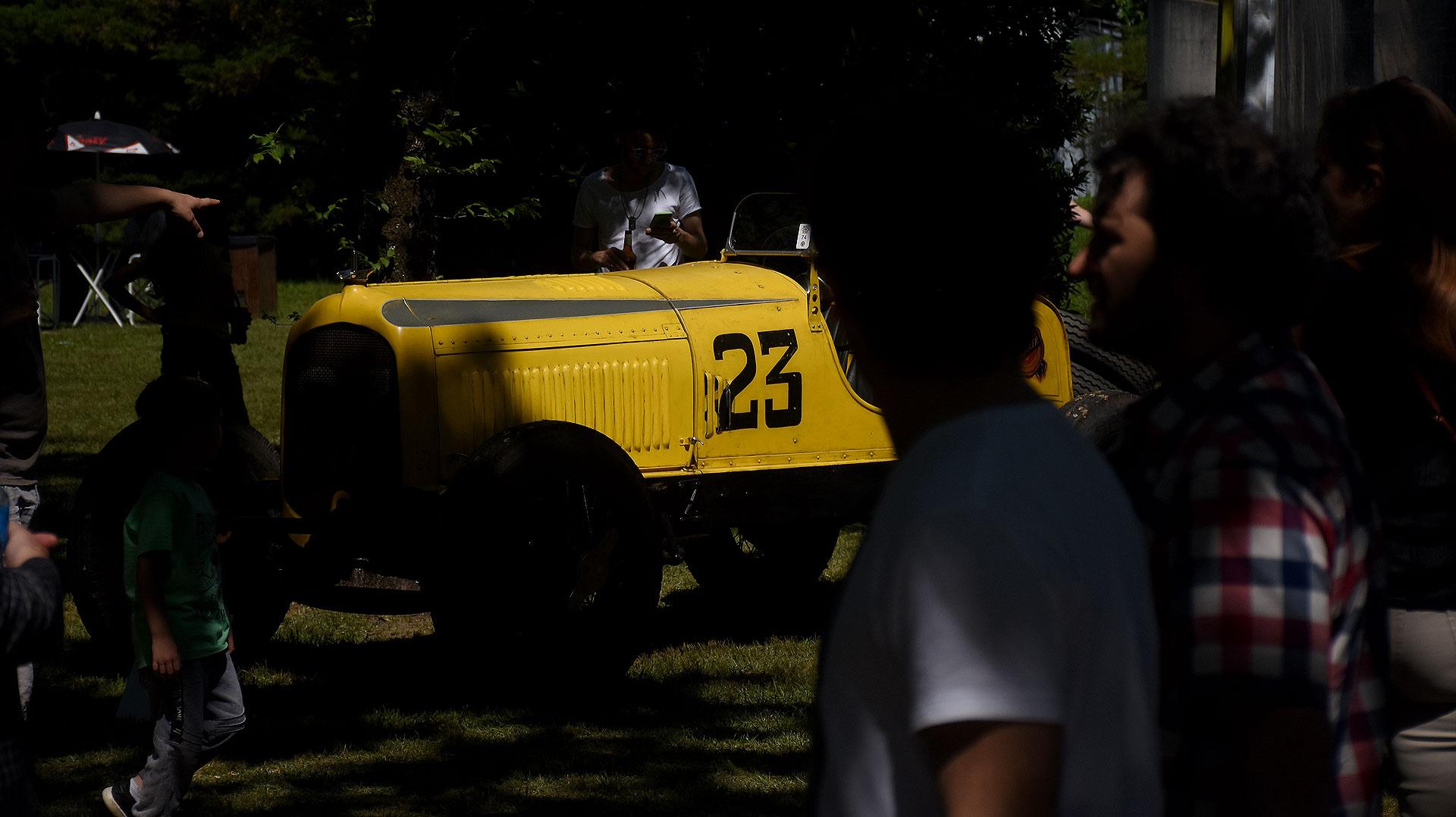 El evento es organizada por el Club de Automóviles Clásicos de la República Argentina y fue declarada de Interés Cultural por el Ministerio de Cultura de la Nación, de Interés Turístico por el Ministerio de Turismo de la Nación y de Interés Municipal por el municipio de San Isidro.