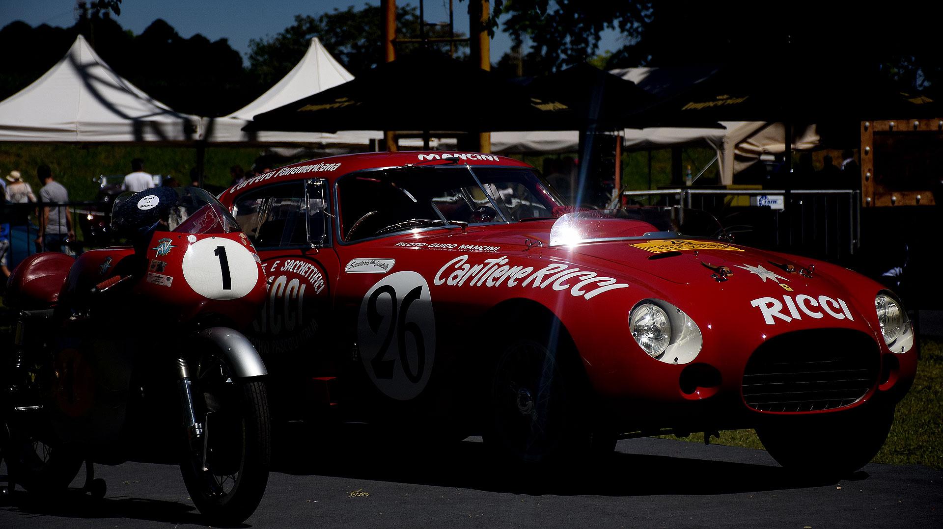 """La Ferrari 340/375 MM Berlinetta con carrocería Pinin Farina o la Ferrari """"Ricci"""" por el nombre de su publicidad se quedó con el premio """"Best of Show"""", una distinción que destaca al mejor ejemplar de Autoclásica 2018."""