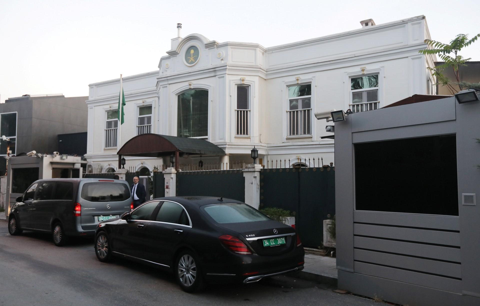 La residencia del cónsul general, Mohammad al-Otaibi (Reuters)