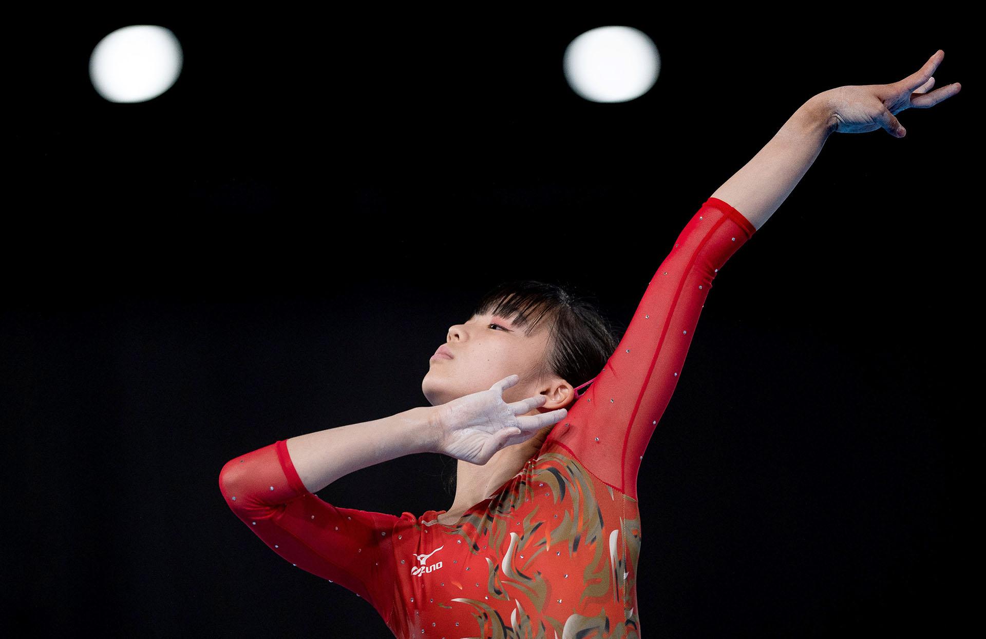 Chiharu Yamada, de Japón, compite en la final de ejercicios de piso de gimnasia artística de mujeres en el Pabellón América del Parque Olímpico, durante los Juegos Olímpicos de la Juventud Buenos Aires 2018(REUTERS)