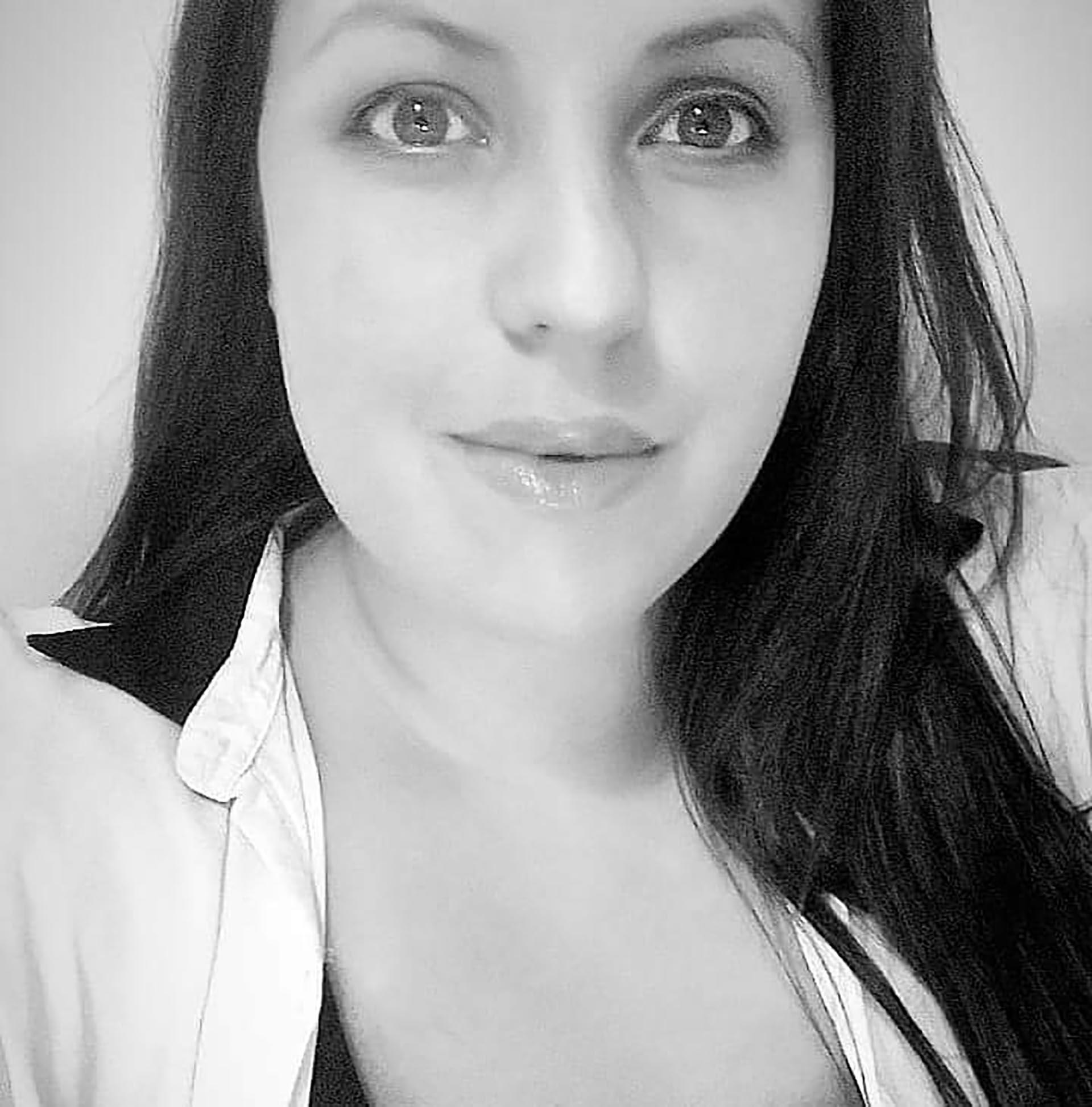 De hija adoptiva a activista: Hoy Natalia impulsa campañas sobre la adopción de niñosy adolescentes.